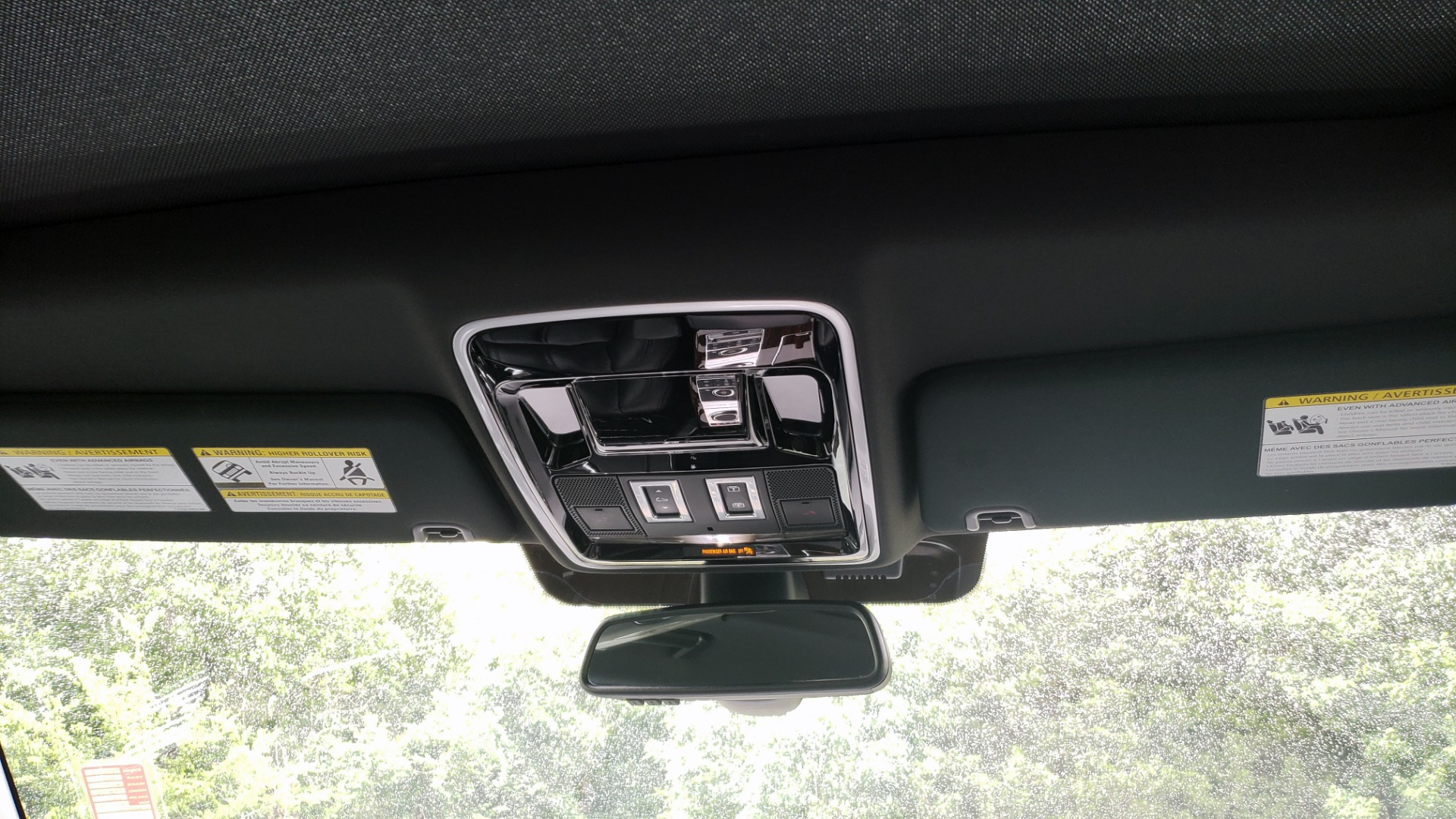Used 2016 Land Rover Range Rover HSE 3.0L SC V6 / NAV / PANO-ROOF / VENT SEATS / REARVIEW / BLIND SPOT for sale Sold at Formula Imports in Charlotte NC 28227 83
