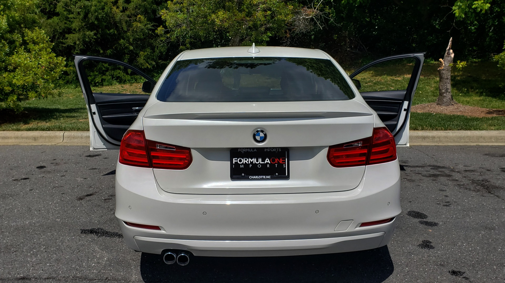 Used 2015 BMW 3 SERIES 328I PREMIUM / NAV / SUNROOF / HTD STS / DRIVER ASST / REARVIEW for sale Sold at Formula Imports in Charlotte NC 28227 25