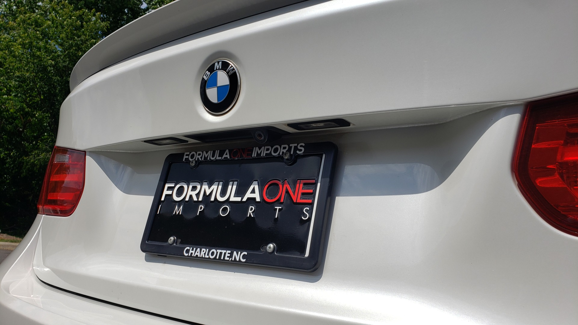 Used 2015 BMW 3 SERIES 328I PREMIUM / NAV / SUNROOF / HTD STS / DRIVER ASST / REARVIEW for sale Sold at Formula Imports in Charlotte NC 28227 28