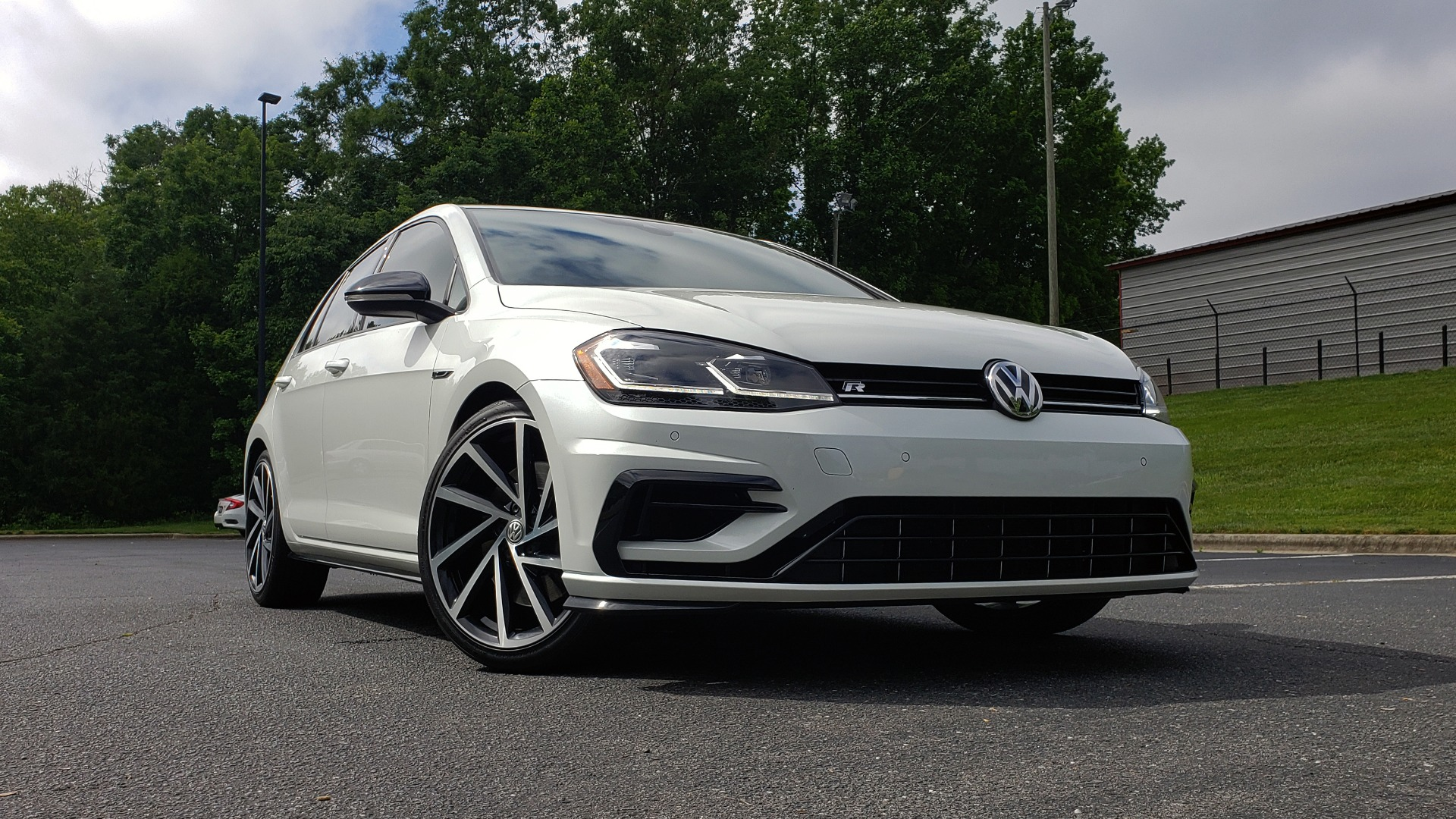 Used 2018 Volkswagen GOLF R 2.0T W/DCC & NAVIGATION / 6-SPD MANUAL / AWD for sale Sold at Formula Imports in Charlotte NC 28227 93