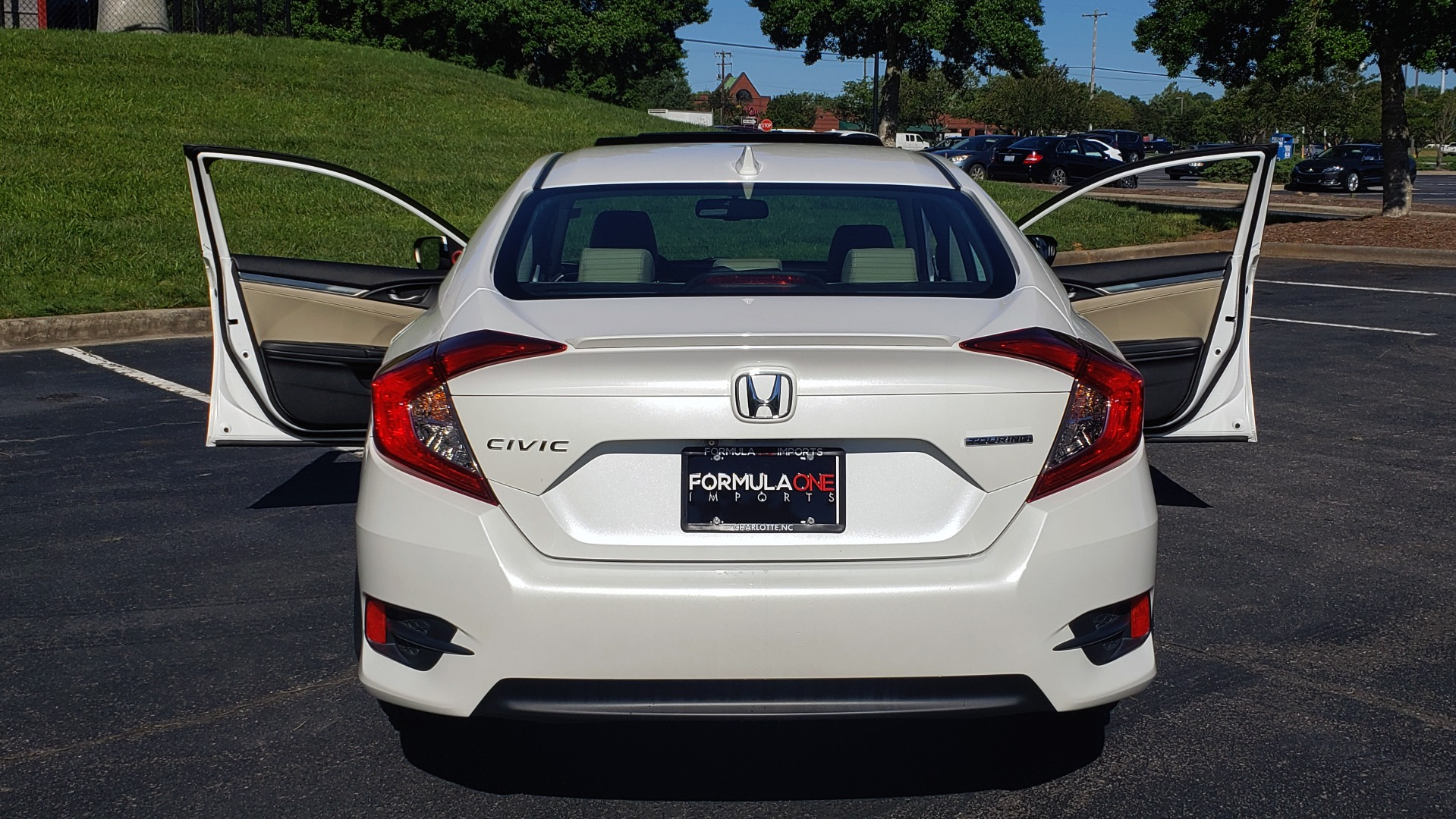 Used 2016 Honda CIVIC SEDAN TOURING / NAV / SUNROOF / REARVIEW / HEATED SEATS for sale Sold at Formula Imports in Charlotte NC 28227 15