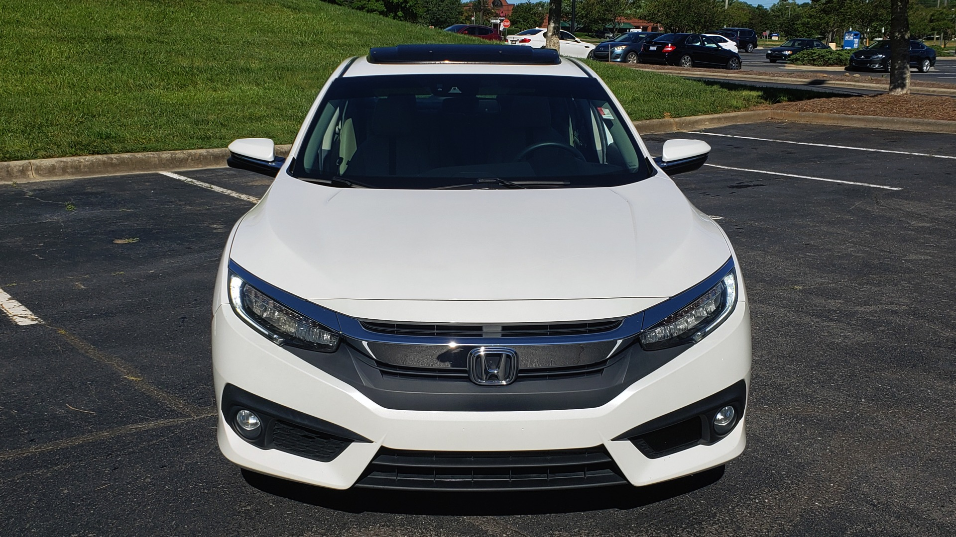Used 2016 Honda CIVIC SEDAN TOURING / NAV / SUNROOF / REARVIEW / HEATED SEATS for sale Sold at Formula Imports in Charlotte NC 28227 19