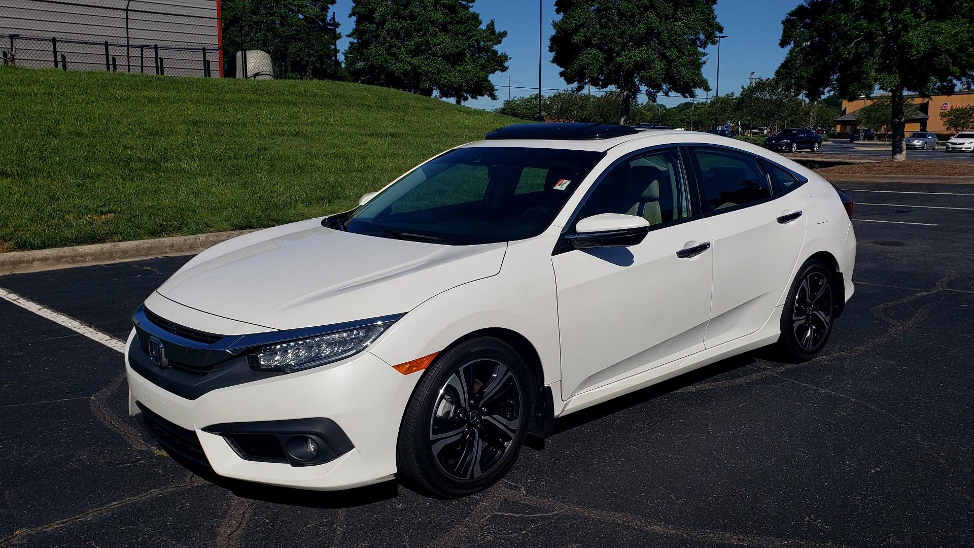 Used 2016 Honda CIVIC SEDAN TOURING / NAV / SUNROOF / REARVIEW / HEATED SEATS for sale Sold at Formula Imports in Charlotte NC 28227 1