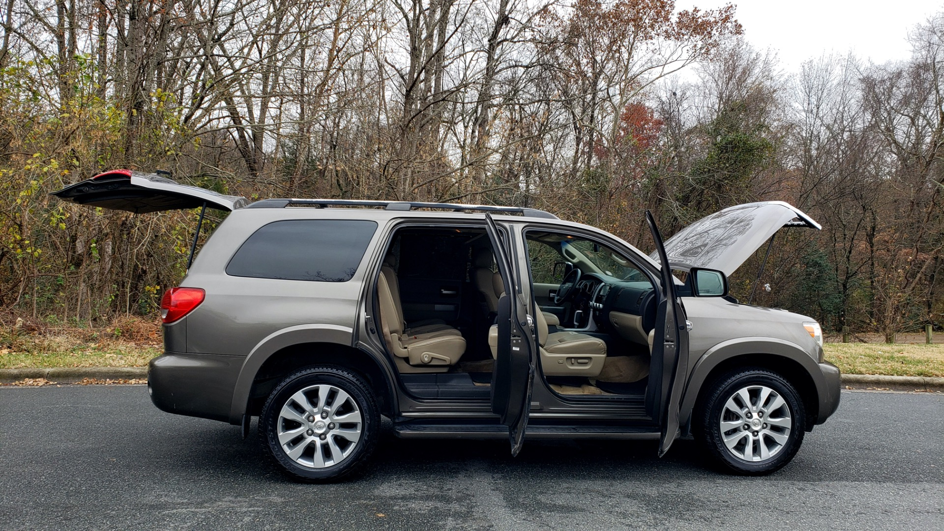 Used 2008 Toyota SEQUOIA LIMITED / COLD AREA PKG / SUNROOF / DVD ENTERTAINMENT for sale Sold at Formula Imports in Charlotte NC 28227 14