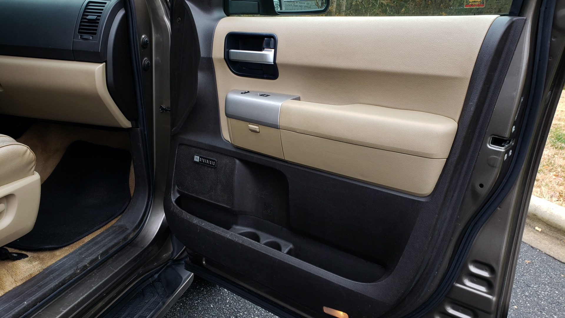 Used 2008 Toyota SEQUOIA LIMITED / COLD AREA PKG / SUNROOF / DVD ENTERTAINMENT for sale Sold at Formula Imports in Charlotte NC 28227 63