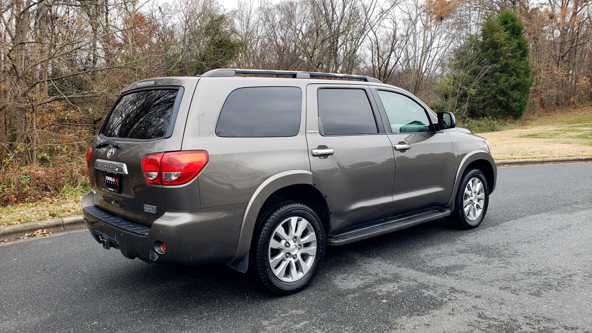 Used 2008 Toyota SEQUOIA LIMITED / COLD AREA PKG / SUNROOF / DVD ENTERTAINMENT for sale Sold at Formula Imports in Charlotte NC 28227 9