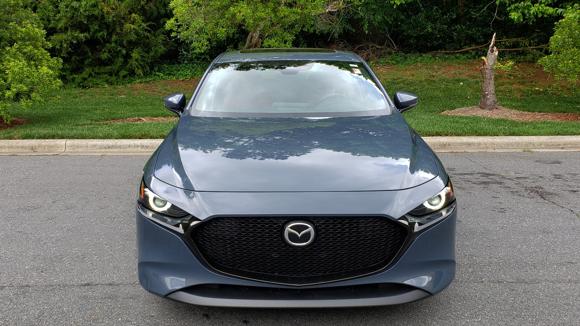 Used 2019 Mazda MAZDA3 HATCHBACK PREMIUM PKG / AUTO / 18IN BLACK ALLOY WHEELS / BOSE / LEATHER for sale Sold at Formula Imports in Charlotte NC 28227 17