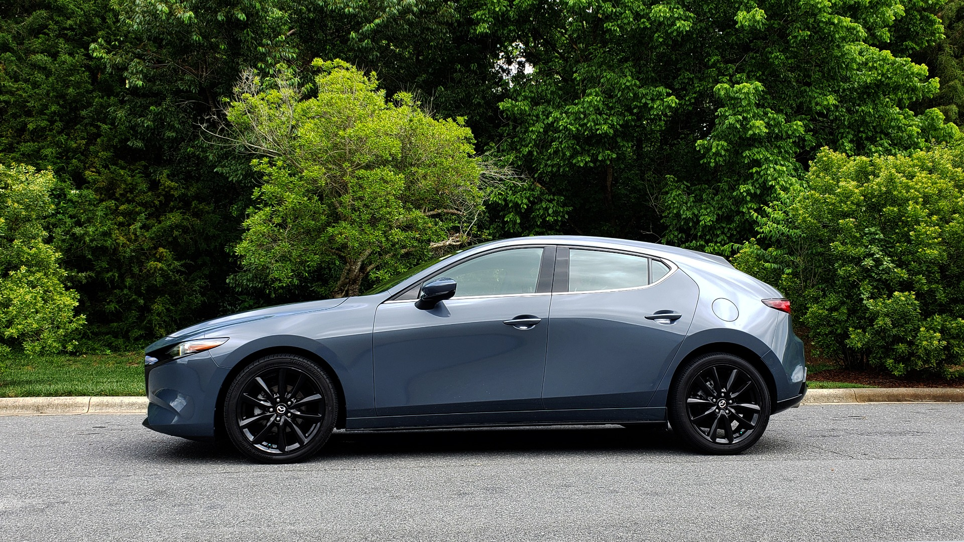 Used 2019 Mazda MAZDA3 HATCHBACK PREMIUM PKG / AUTO / 18IN BLACK ALLOY WHEELS / BOSE / LEATHER for sale Sold at Formula Imports in Charlotte NC 28227 2