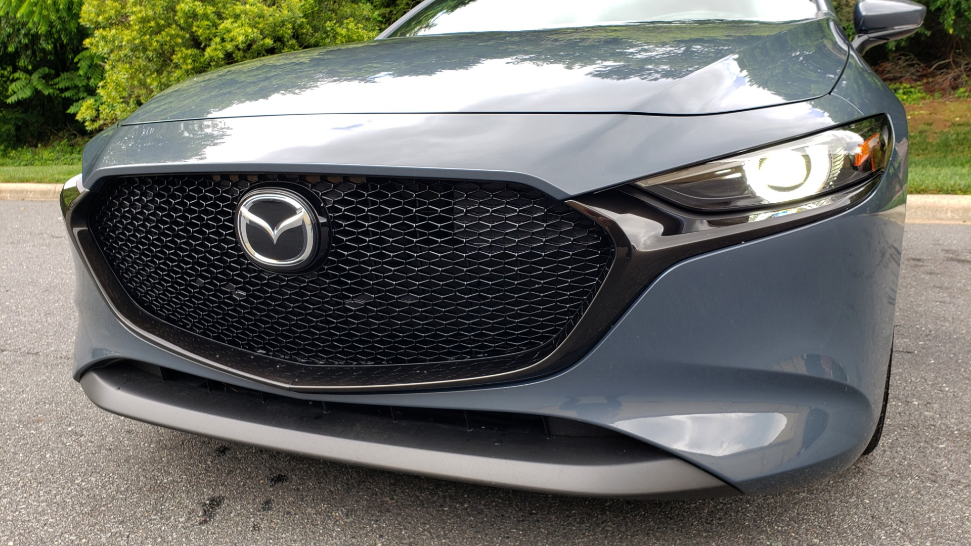 Used 2019 Mazda MAZDA3 HATCHBACK PREMIUM PKG / AUTO / 18IN BLACK ALLOY WHEELS / BOSE / LEATHER for sale Sold at Formula Imports in Charlotte NC 28227 20