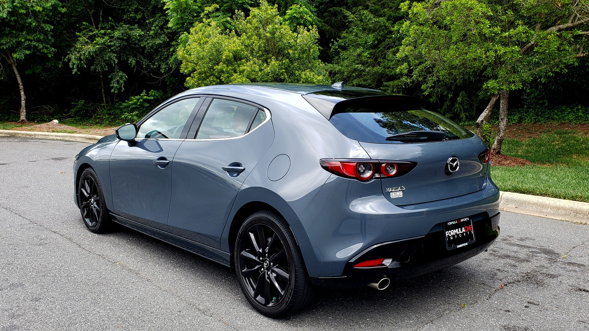 Used 2019 Mazda MAZDA3 HATCHBACK PREMIUM PKG / AUTO / 18IN BLACK ALLOY WHEELS / BOSE / LEATHER for sale Sold at Formula Imports in Charlotte NC 28227 3