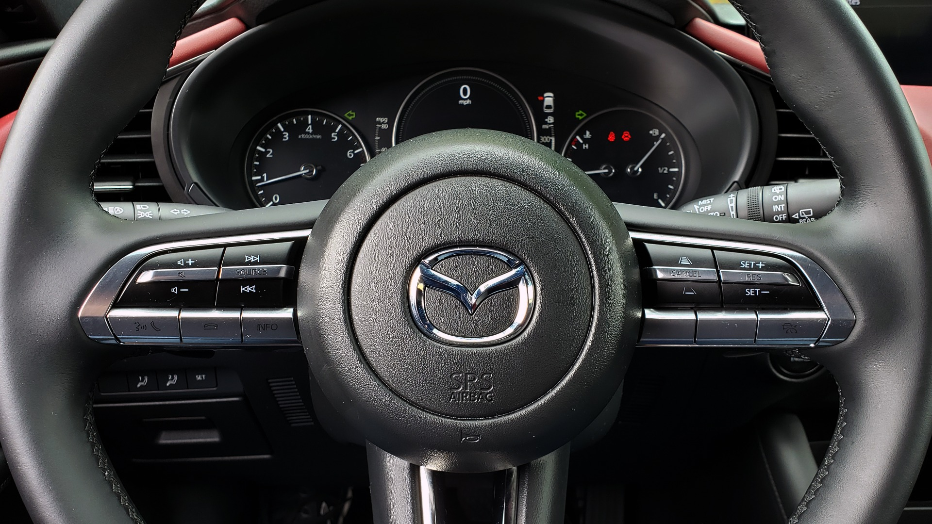 Used 2019 Mazda MAZDA3 HATCHBACK PREMIUM PKG / AUTO / 18IN BLACK ALLOY WHEELS / BOSE / LEATHER for sale Sold at Formula Imports in Charlotte NC 28227 35