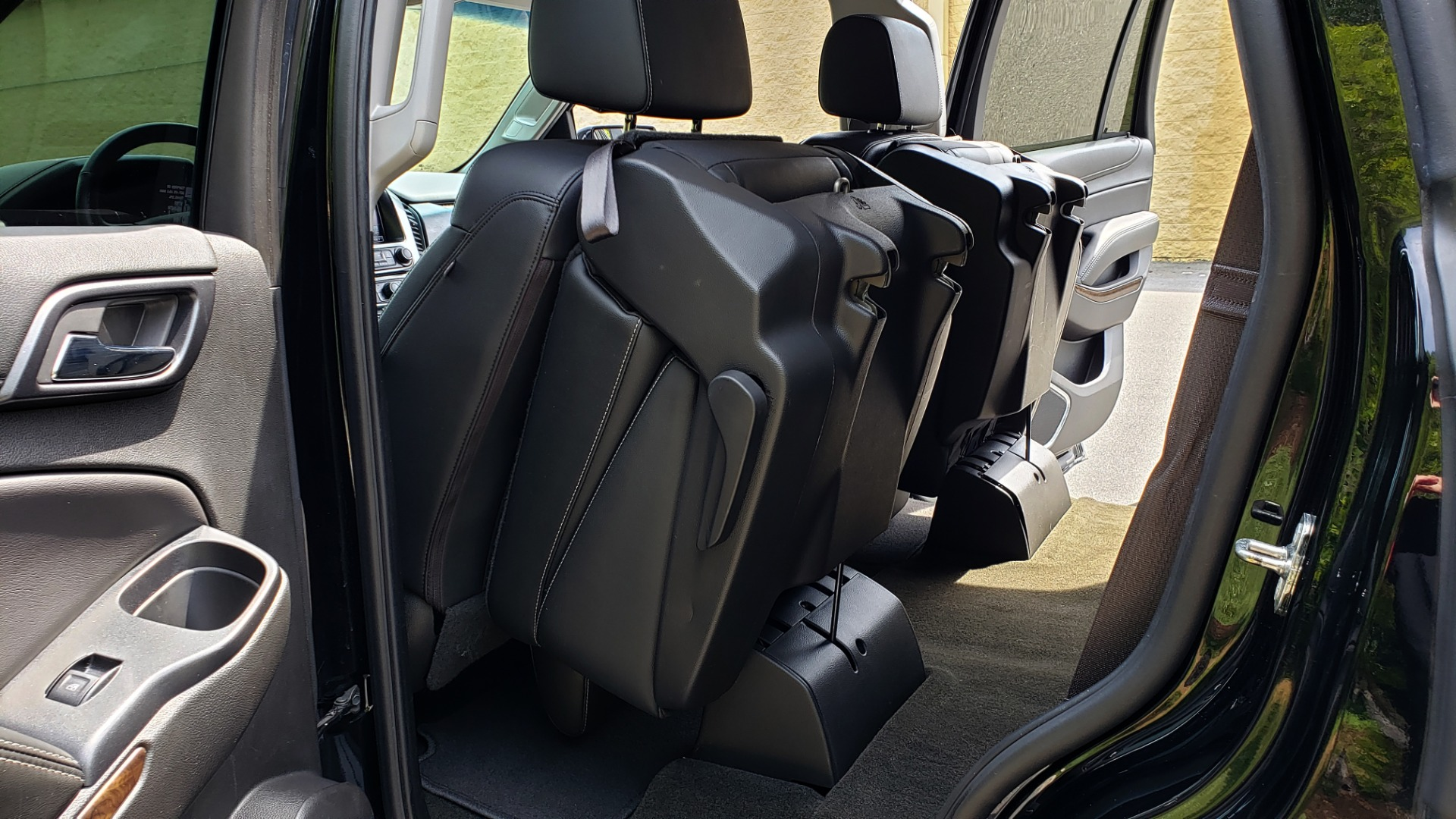 Used 2017 Chevrolet TAHOE LT 2WD / NAV / BOSE / HEATED SEATS / 3-ROW / REARVIEW for sale Sold at Formula Imports in Charlotte NC 28227 23