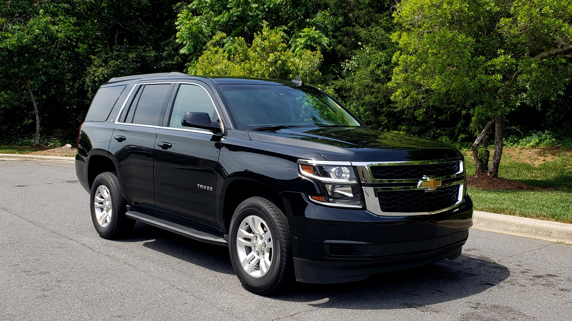 Used 2017 Chevrolet TAHOE LT 2WD / NAV / BOSE / HEATED SEATS / 3-ROW / REARVIEW for sale Sold at Formula Imports in Charlotte NC 28227 4