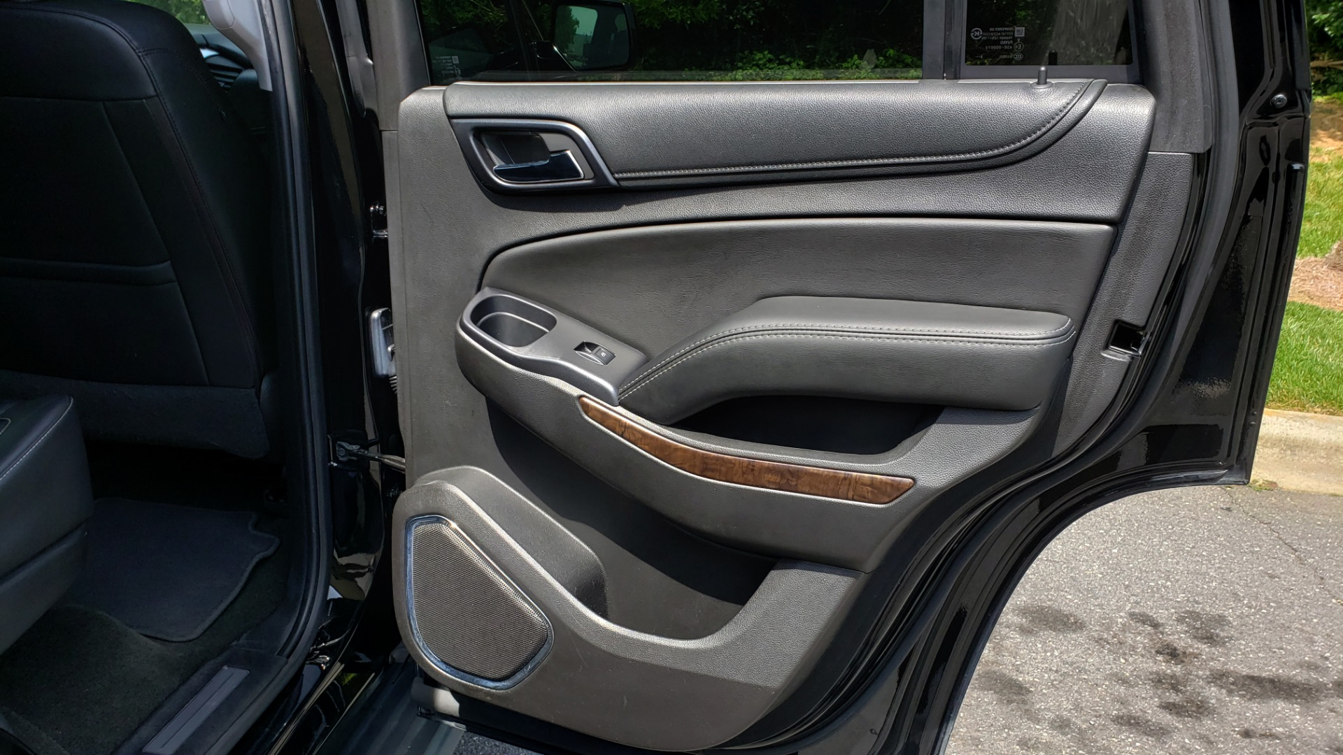Used 2017 Chevrolet TAHOE LT 2WD / NAV / BOSE / HEATED SEATS / 3-ROW / REARVIEW for sale Sold at Formula Imports in Charlotte NC 28227 78