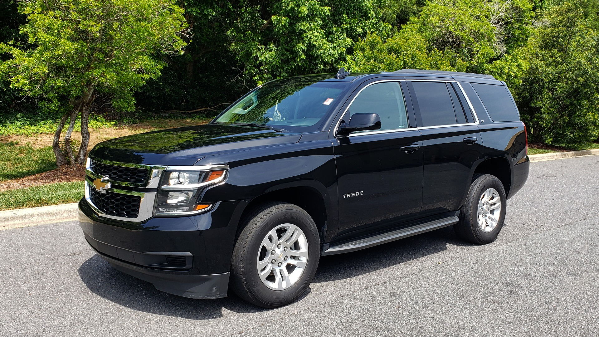 Used 2017 Chevrolet TAHOE LT 2WD / NAV / BOSE / HEATED SEATS / 3-ROW / REARVIEW for sale Sold at Formula Imports in Charlotte NC 28227 1
