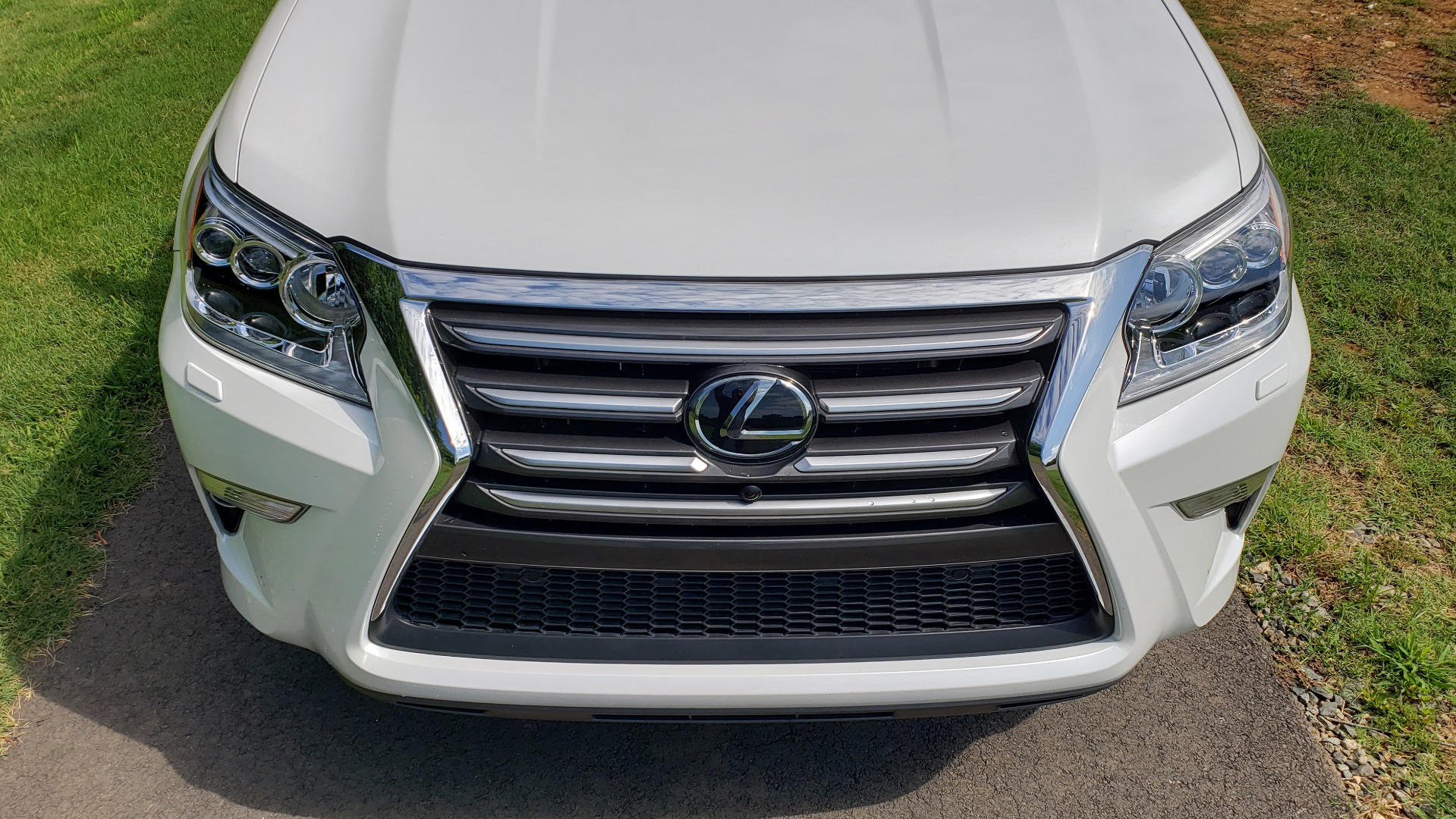 Used 2019 Lexus GX 460 LUXURY 4WD / DRVR SPRT PKG / MARK LEV SND / DYN CRUISE for sale Sold at Formula Imports in Charlotte NC 28227 13