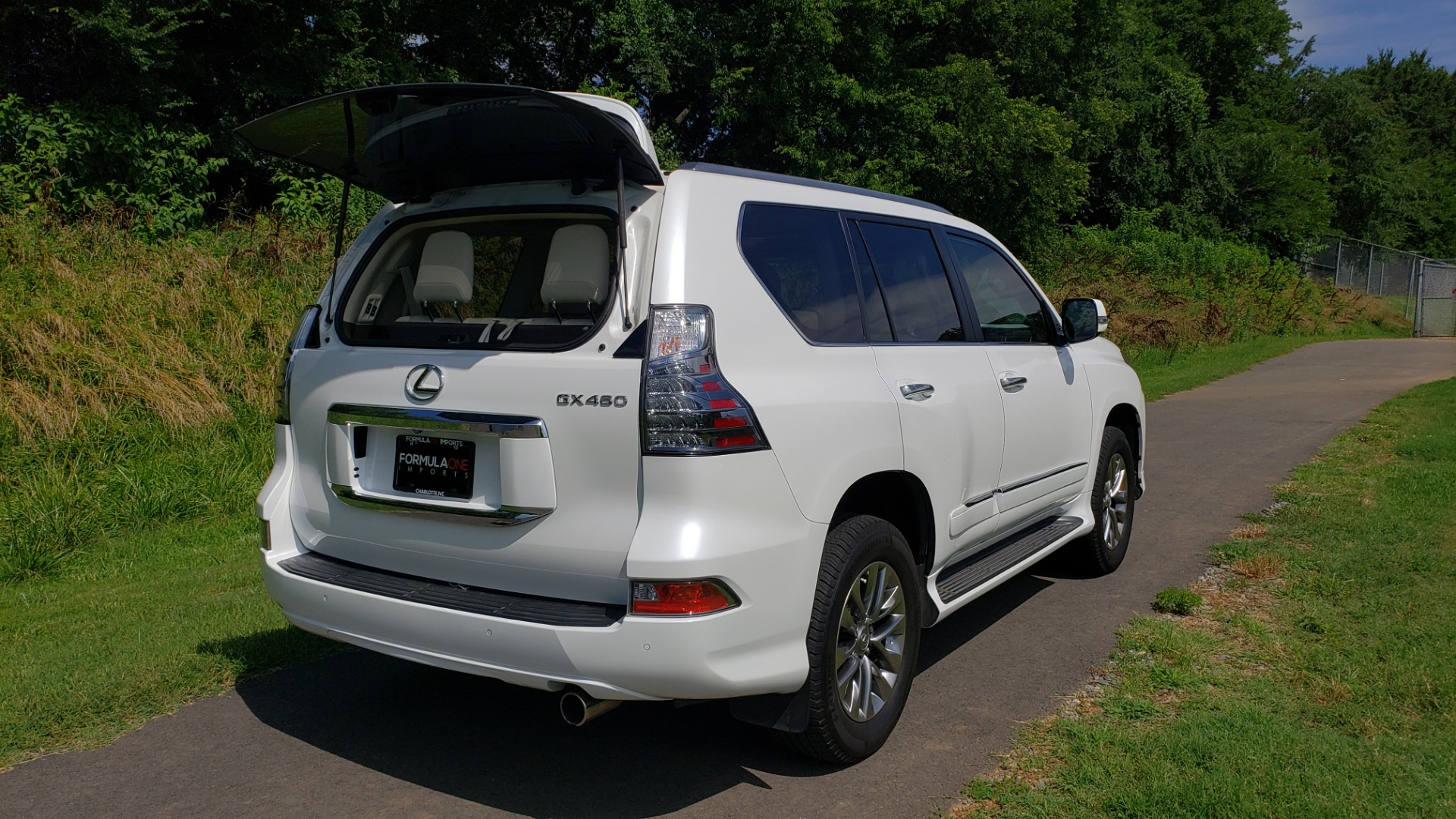 Used 2019 Lexus GX 460 LUXURY 4WD / DRVR SPRT PKG / MARK LEV SND / DYN CRUISE for sale Sold at Formula Imports in Charlotte NC 28227 34