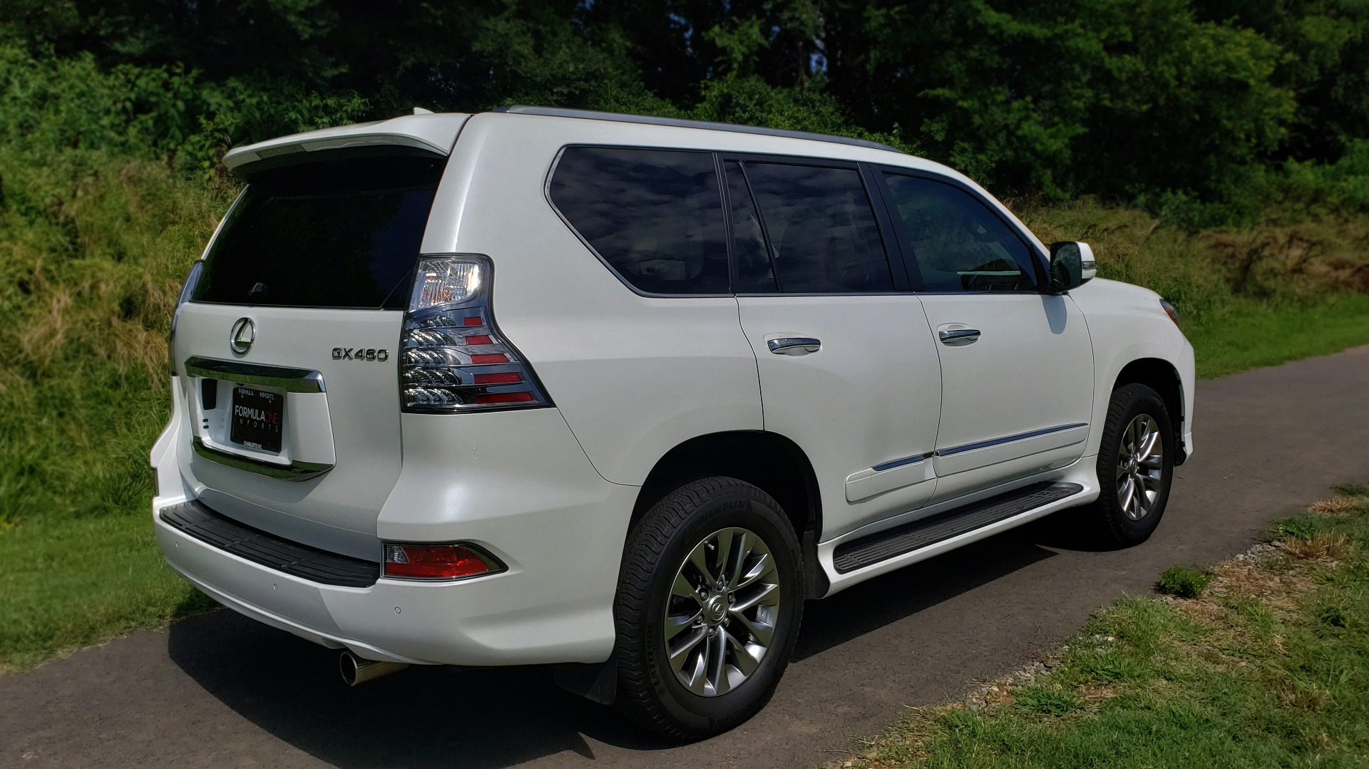 Used 2019 Lexus GX 460 LUXURY 4WD / DRVR SPRT PKG / MARK LEV SND / DYN CRUISE for sale Sold at Formula Imports in Charlotte NC 28227 6