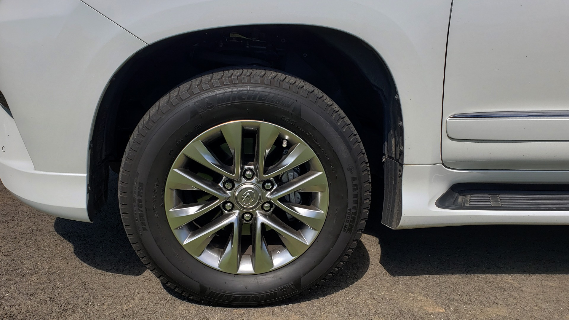 Used 2019 Lexus GX 460 LUXURY 4WD / DRVR SPRT PKG / MARK LEV SND / DYN CRUISE for sale Sold at Formula Imports in Charlotte NC 28227 86
