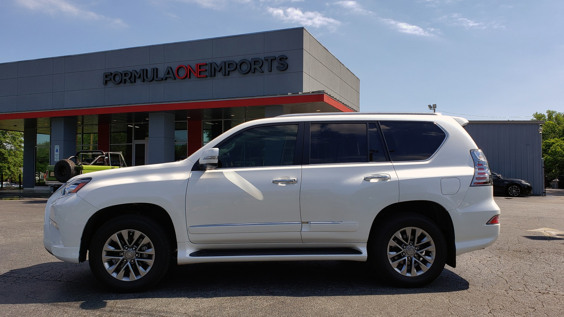Used 2019 Lexus GX 460 LUXURY 4WD / DRVR SPRT PKG / MARK LEV SND / DYN CRUISE for sale Sold at Formula Imports in Charlotte NC 28227 98