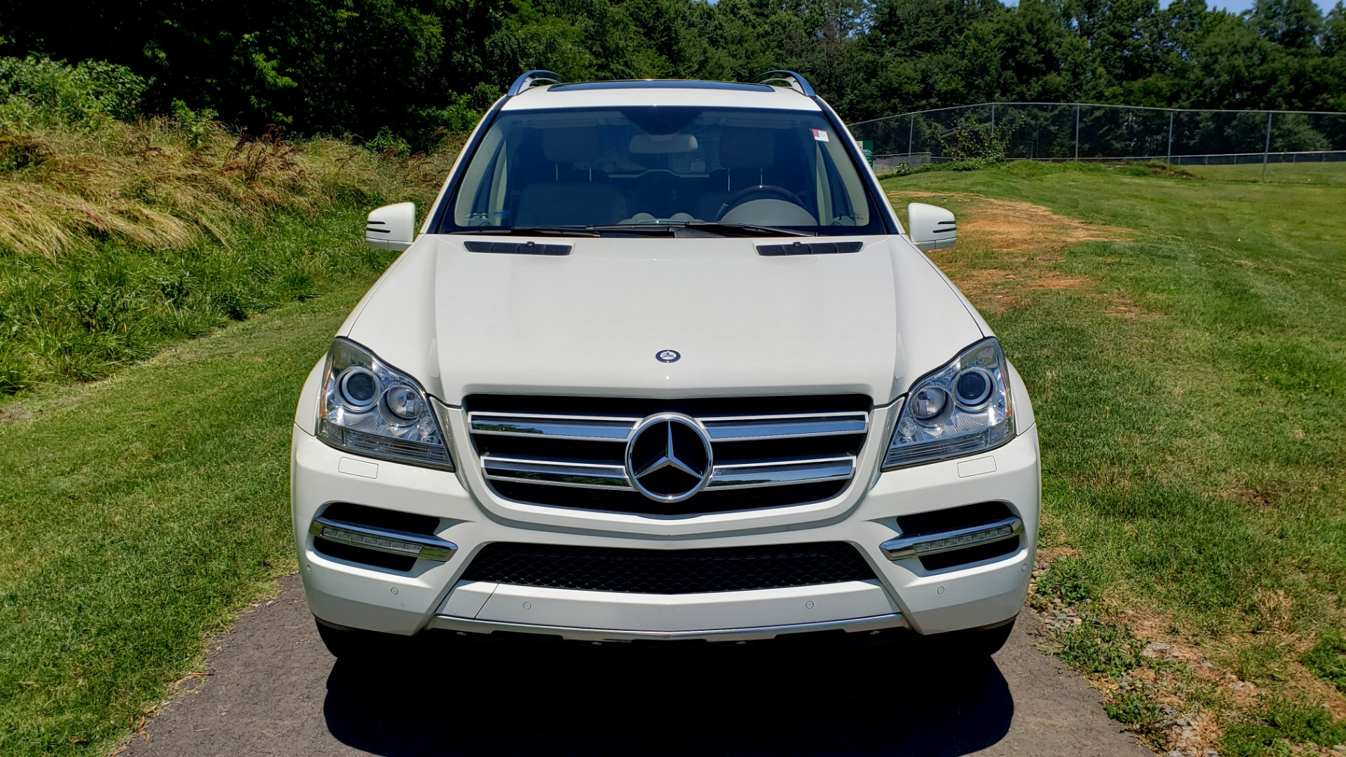 Used 2012 Mercedes-Benz GL-CLASS GL 350 BLUETEC / NAV / DUAL-ROOF / HTD STS / 3-ROW / REARVIEW for sale Sold at Formula Imports in Charlotte NC 28227 10