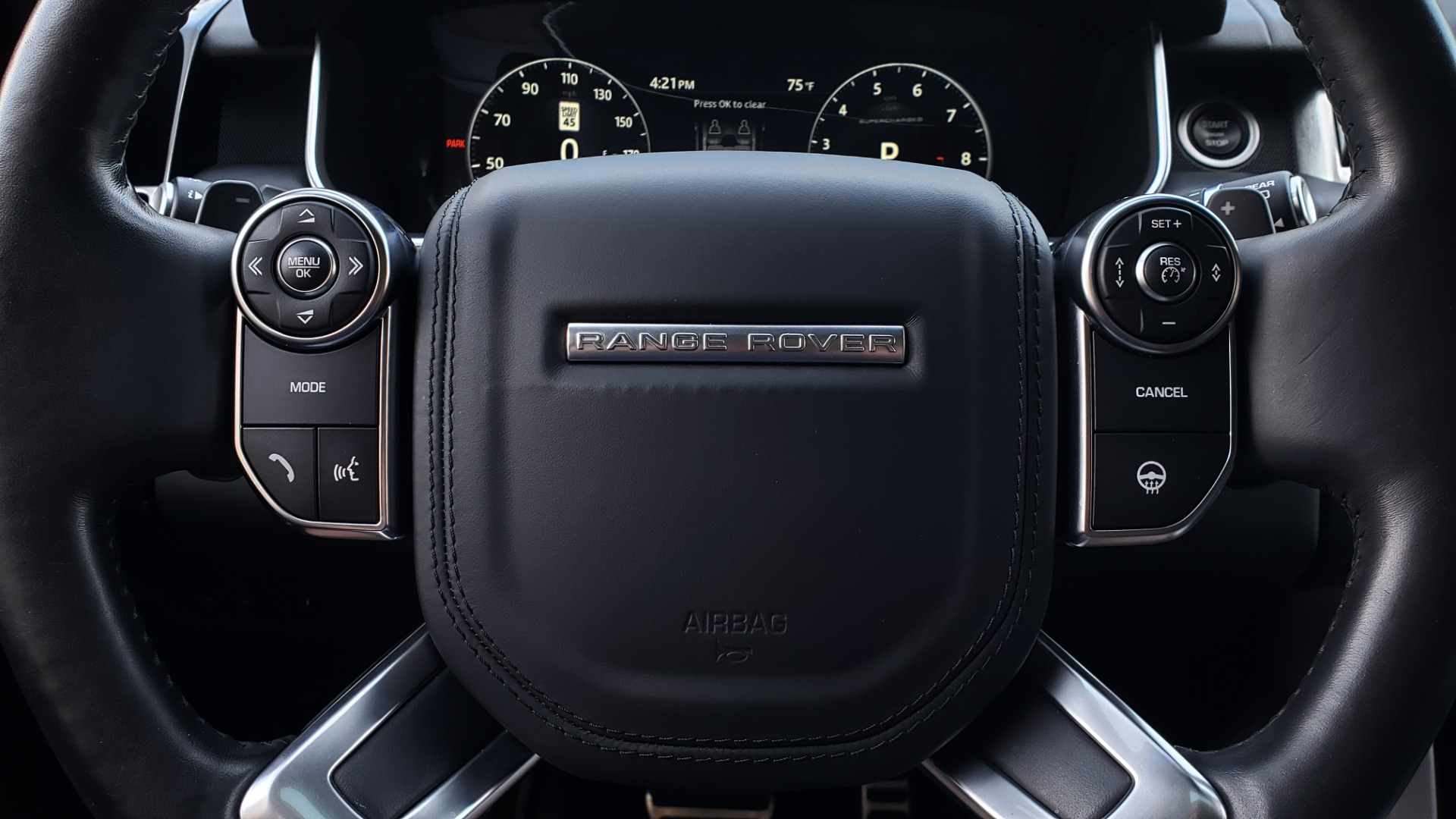 Used 2017 Land Rover RANGE ROVER SC V8 / NAV / PANO-ROOF / DRIVE PRO / MERIDIAN / REARVIEW for sale $68,995 at Formula Imports in Charlotte NC 28227 44