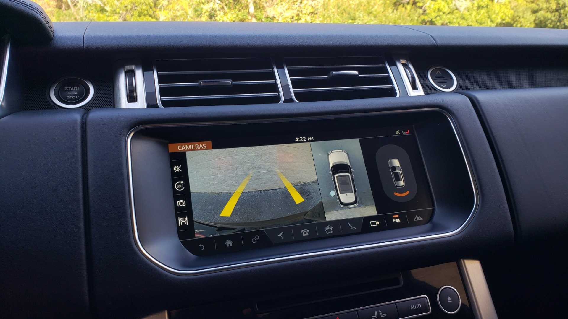 Used 2017 Land Rover RANGE ROVER SC V8 / NAV / PANO-ROOF / DRIVE PRO / MERIDIAN / REARVIEW for sale $68,995 at Formula Imports in Charlotte NC 28227 50