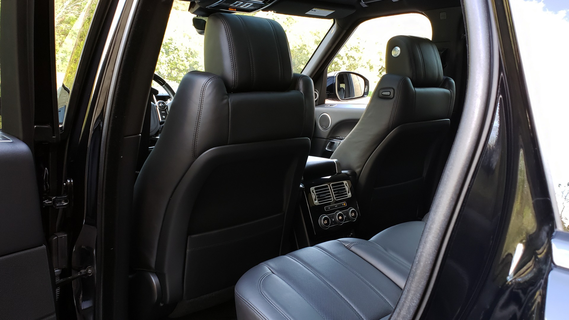 Used 2017 Land Rover RANGE ROVER SC V8 / NAV / PANO-ROOF / DRIVE PRO / MERIDIAN / REARVIEW for sale $68,995 at Formula Imports in Charlotte NC 28227 67
