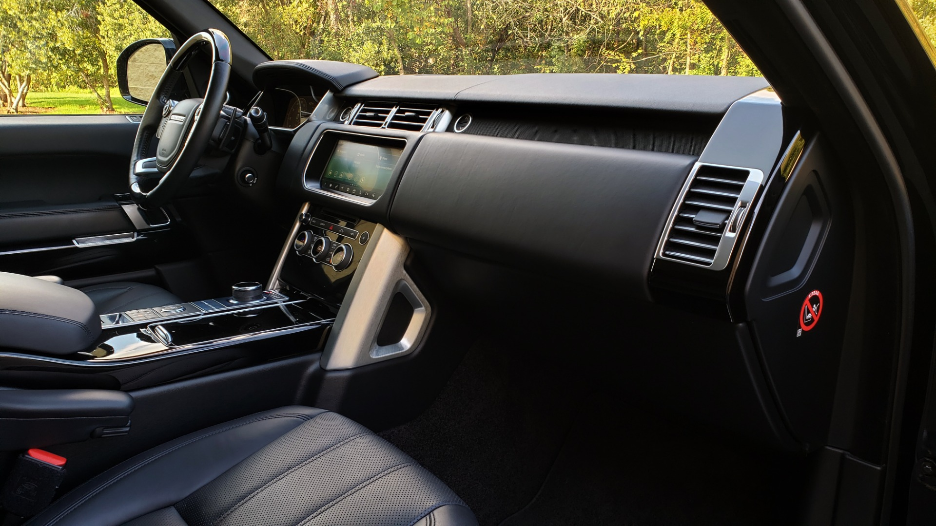 Used 2017 Land Rover RANGE ROVER SC V8 / NAV / PANO-ROOF / DRIVE PRO / MERIDIAN / REARVIEW for sale $68,995 at Formula Imports in Charlotte NC 28227 74