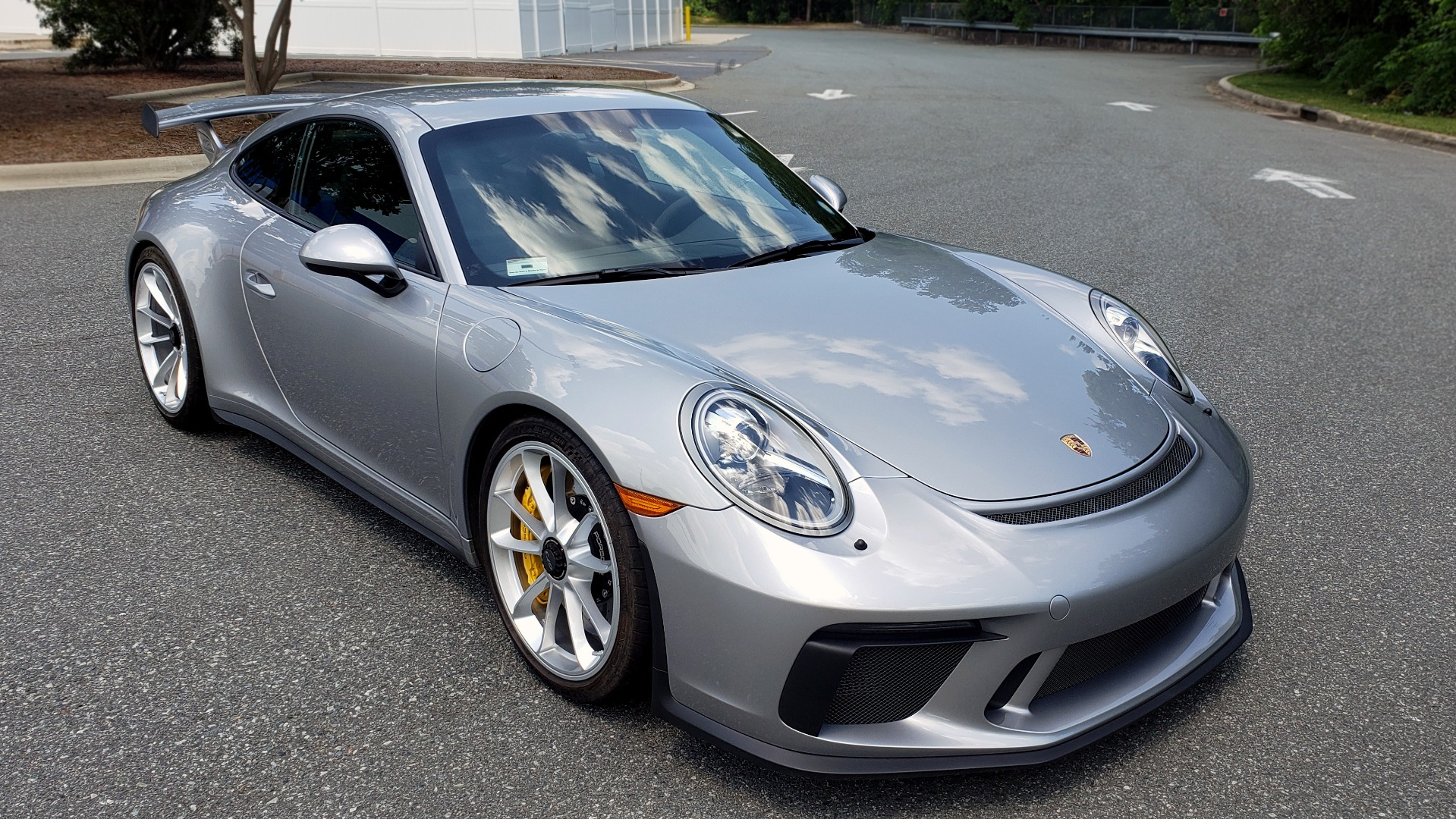 Used 2018 Porsche 911 GT3 4.0L 500HP / 6-SPD MNL / NAV / REARVIEW / PCCB for sale Sold at Formula Imports in Charlotte NC 28227 4