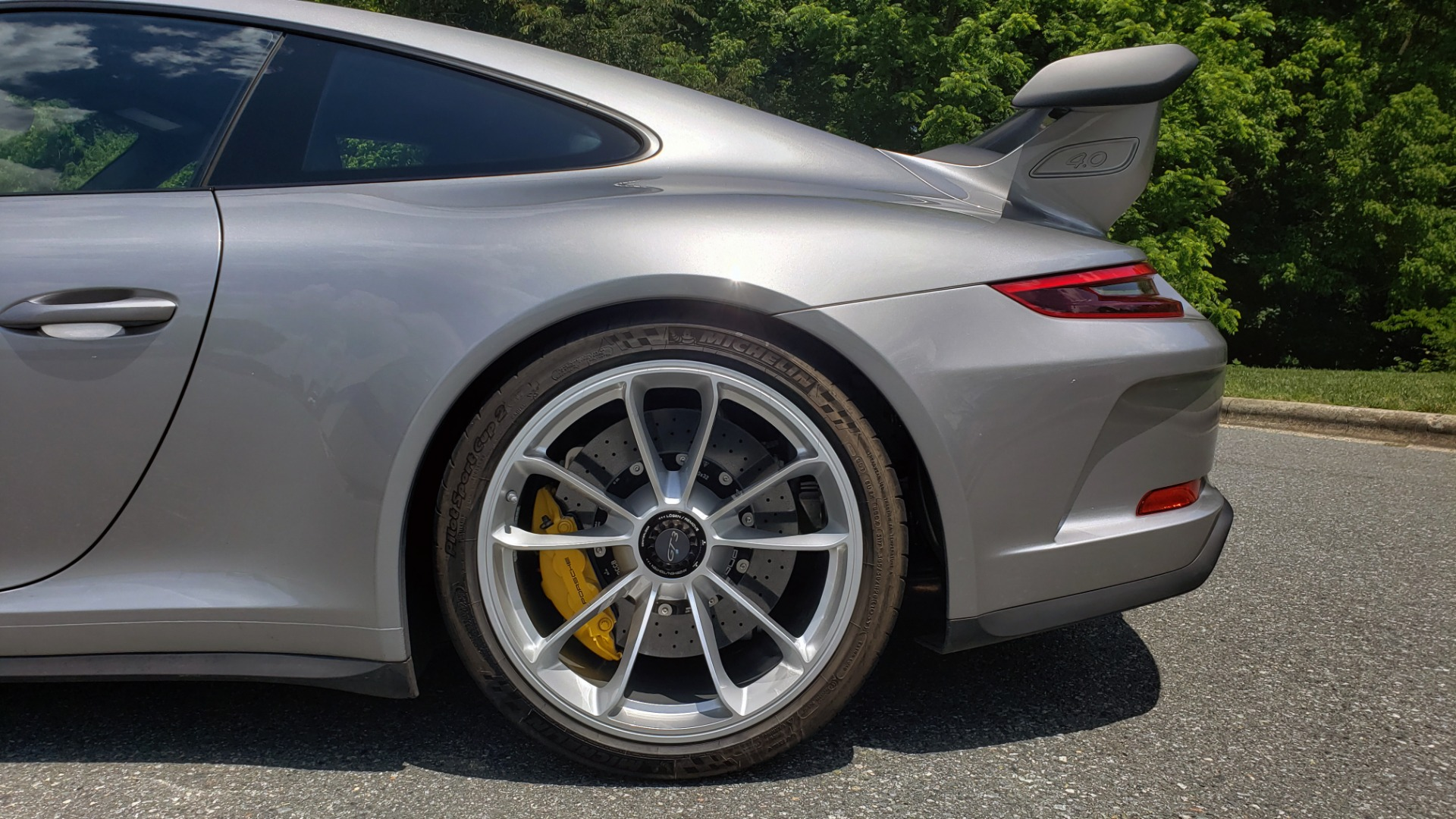Used 2018 Porsche 911 GT3 4.0L 500HP / 6-SPD MNL / NAV / REARVIEW / PCCB for sale Sold at Formula Imports in Charlotte NC 28227 70