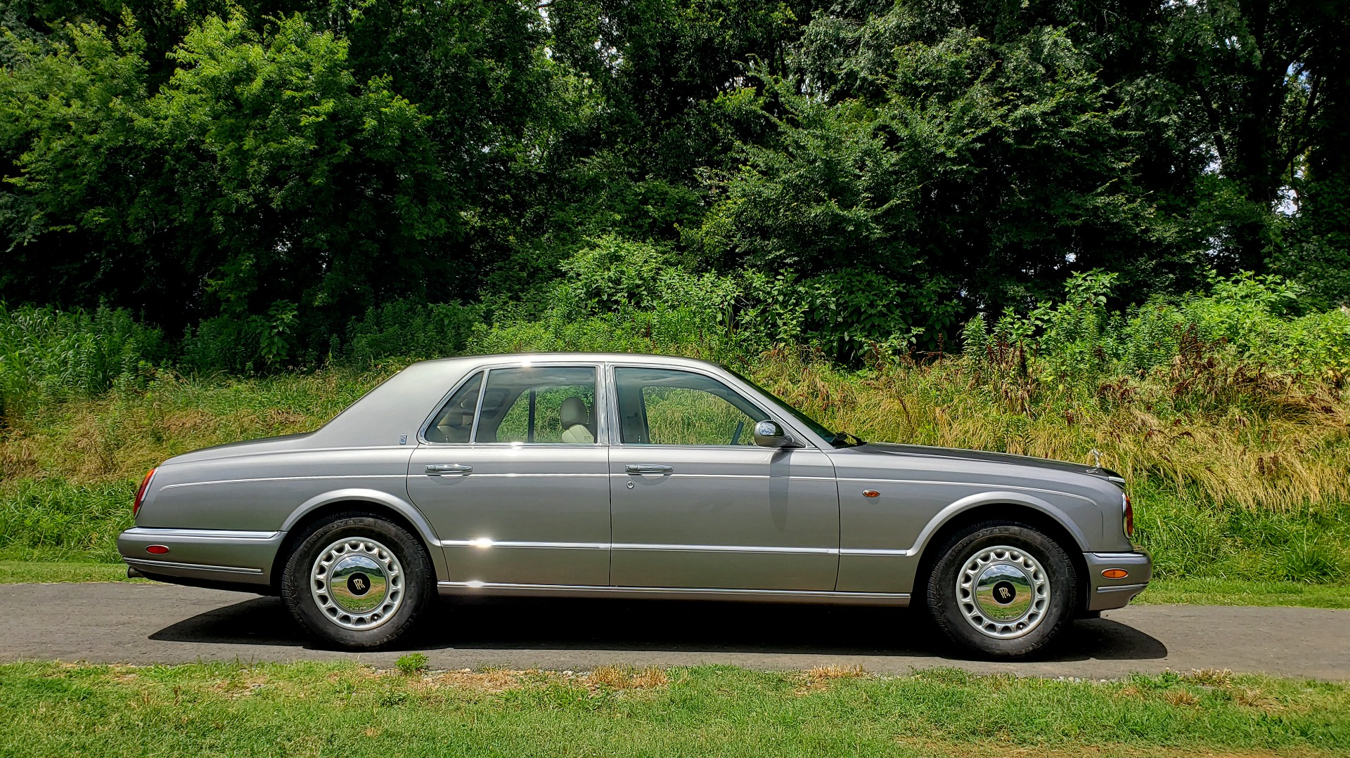 Used 1999 Rolls-Royce SILVER SERAPH 5.4L V12 / AUTO TRANS / LOW MILES / VERY CLEAN! for sale $34,999 at Formula Imports in Charlotte NC 28227 18