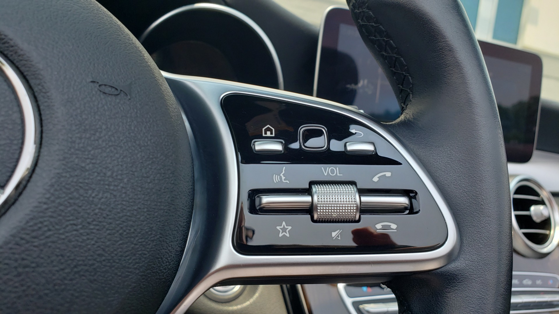 Used 2019 Mercedes-Benz C-CLASS C 300 CABRIOLET 2.0L / AUTO / NAV / HD RADIO / REARVIEW for sale $46,995 at Formula Imports in Charlotte NC 28227 45