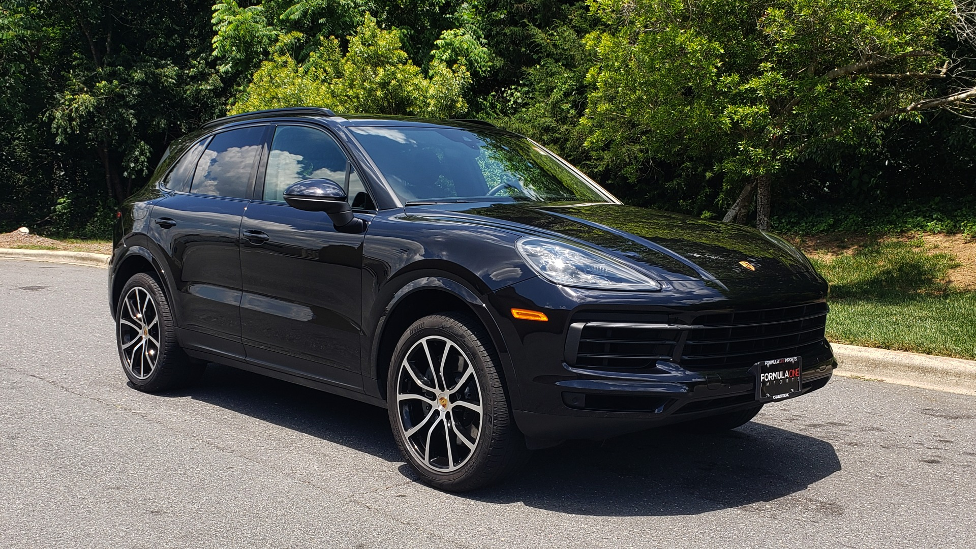 Used 2019 Porsche CAYENNE S AWD / NAV / SUNROOF / BOSE / REARVIEW / LOW MILES for sale Sold at Formula Imports in Charlotte NC 28227 11
