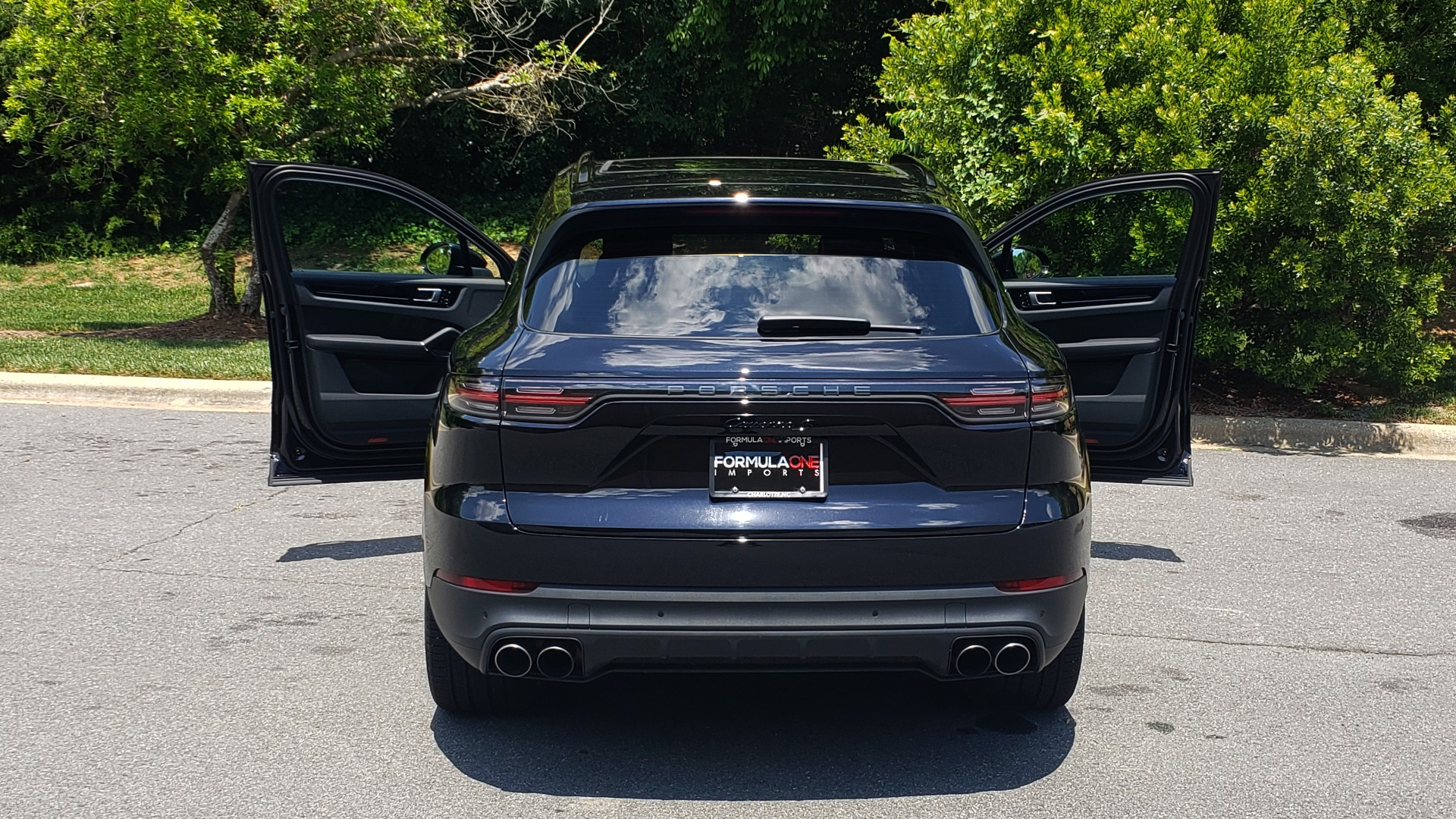 Used 2019 Porsche CAYENNE S AWD / NAV / SUNROOF / BOSE / REARVIEW / LOW MILES for sale Sold at Formula Imports in Charlotte NC 28227 35