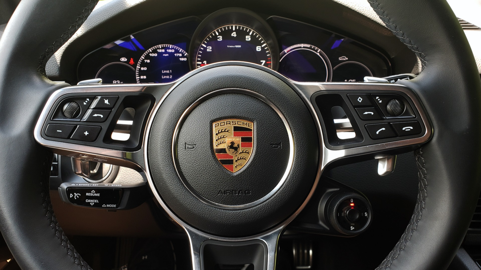 Used 2019 Porsche CAYENNE S AWD / NAV / SUNROOF / BOSE / REARVIEW / LOW MILES for sale Sold at Formula Imports in Charlotte NC 28227 47