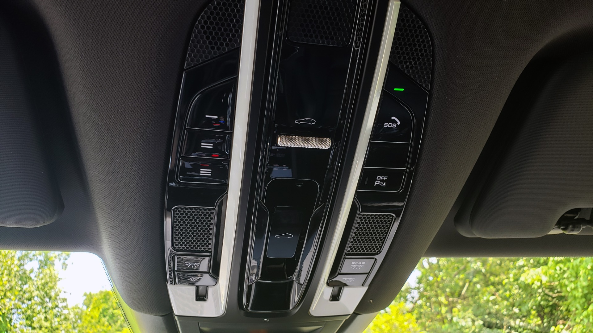 Used 2019 Porsche CAYENNE S AWD / NAV / SUNROOF / BOSE / REARVIEW / LOW MILES for sale Sold at Formula Imports in Charlotte NC 28227 64