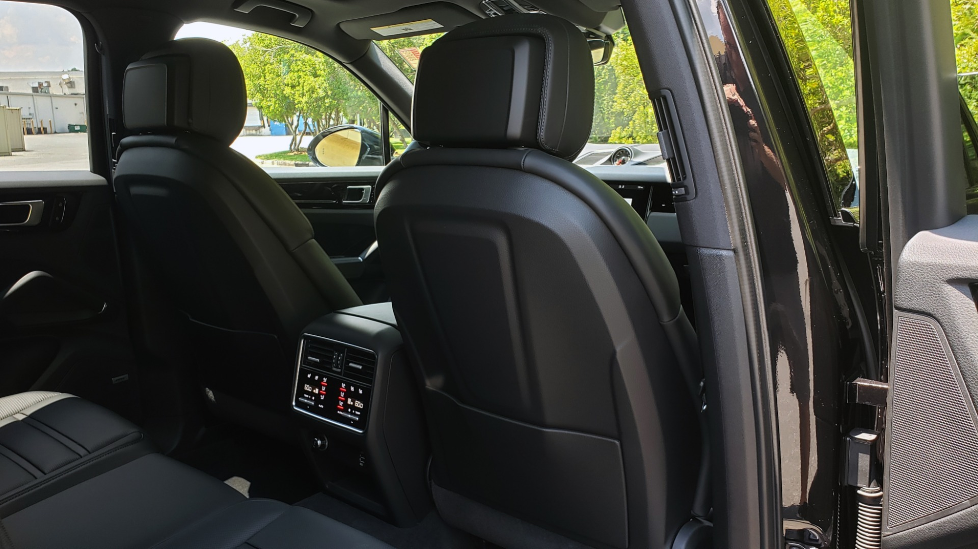 Used 2019 Porsche CAYENNE S AWD / NAV / SUNROOF / BOSE / REARVIEW / LOW MILES for sale Sold at Formula Imports in Charlotte NC 28227 85