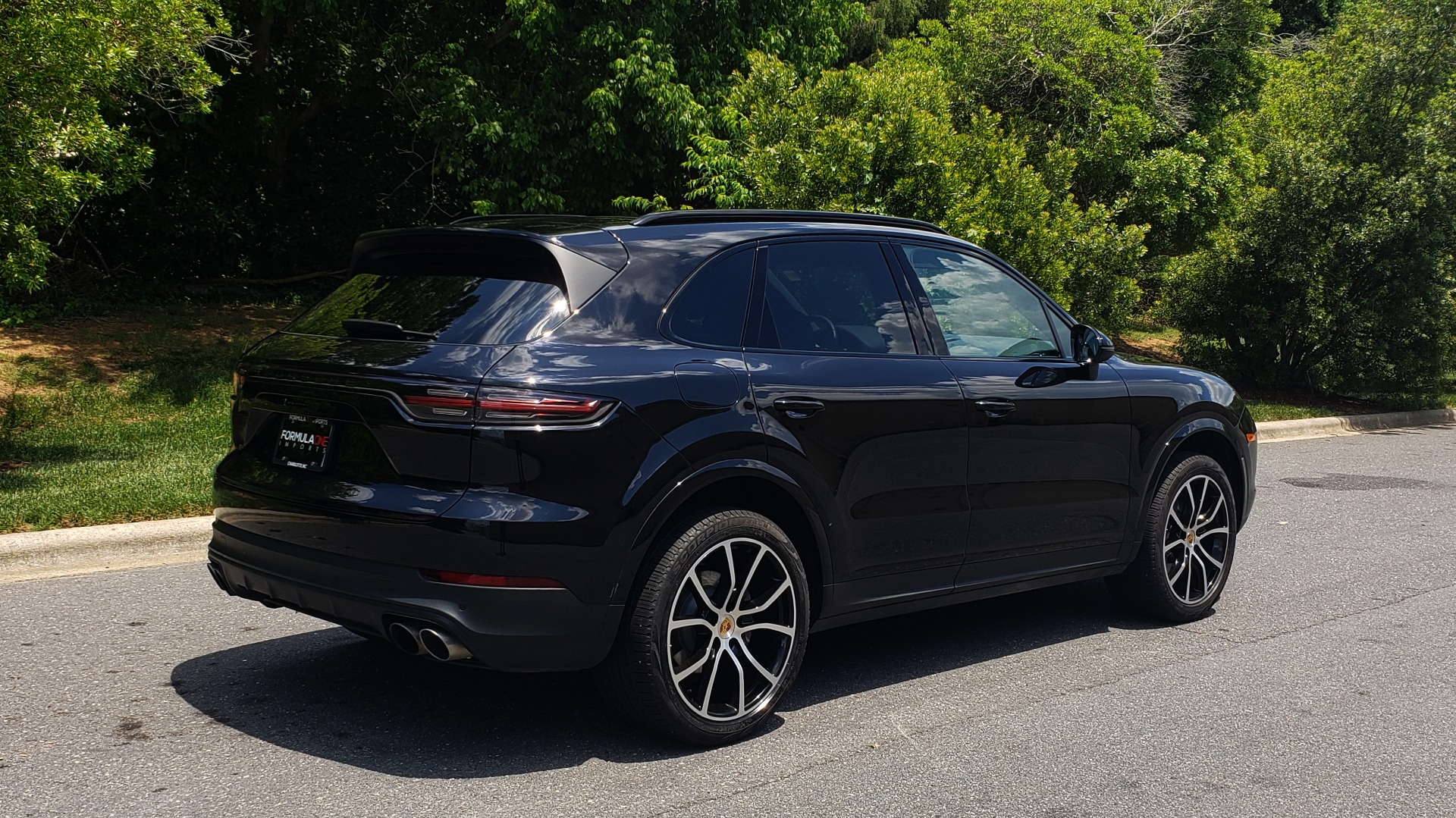 Used 2019 Porsche CAYENNE S AWD / NAV / SUNROOF / BOSE / REARVIEW / LOW MILES for sale Sold at Formula Imports in Charlotte NC 28227 9