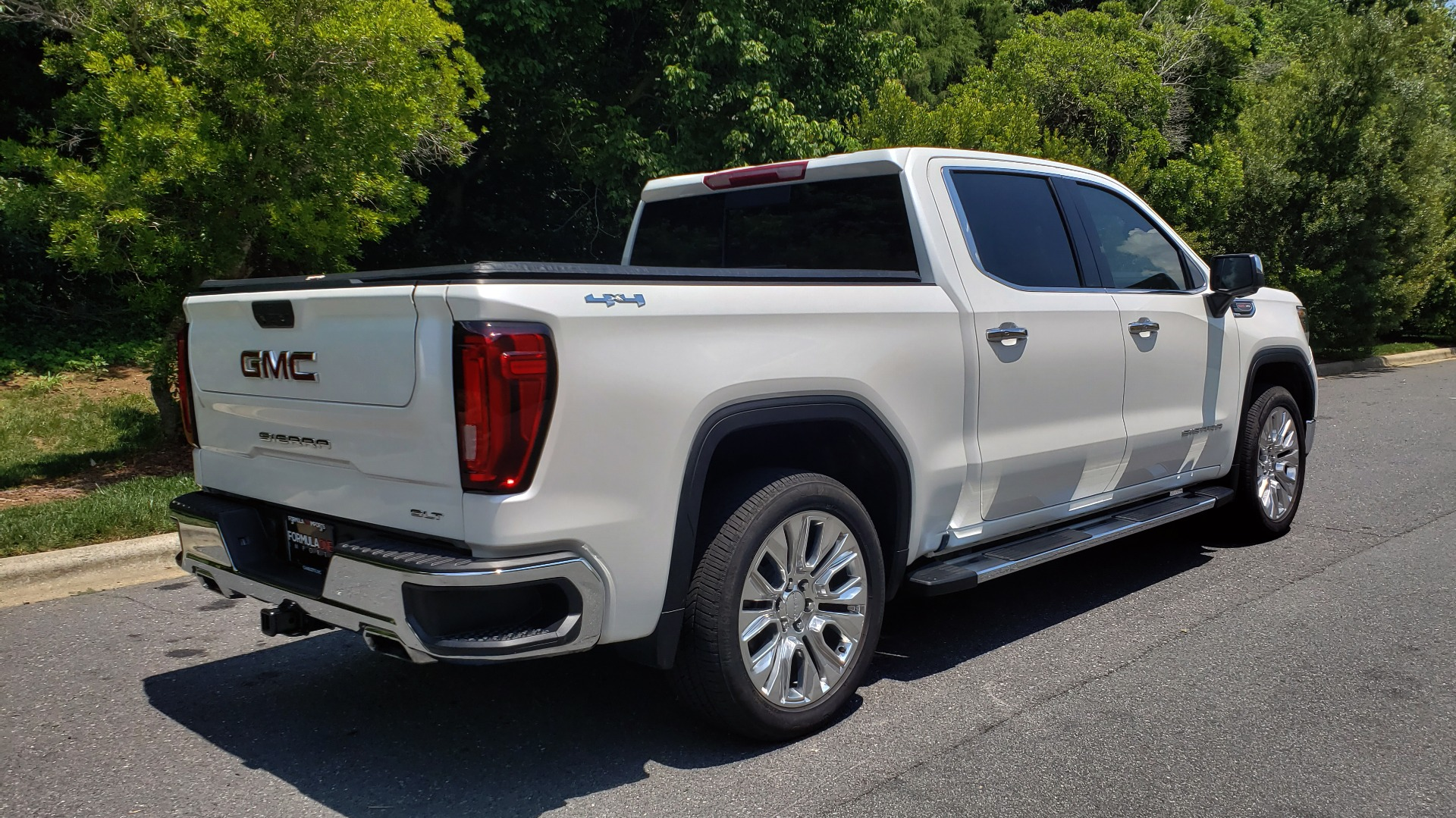 Used 2019 GMC SIERRA 1500 SLT 4WD CREWCAB / PREMIUM / 6.2L V8 / NAV / SUNROOF / VENT SEATS for sale Sold at Formula Imports in Charlotte NC 28227 6
