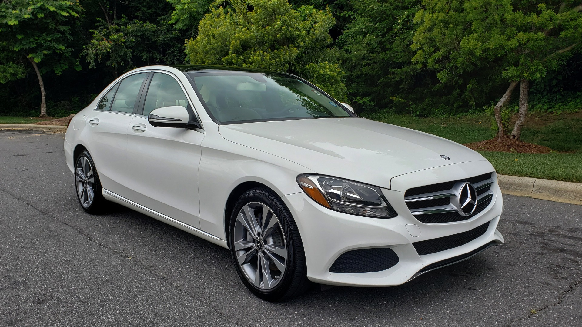 Used 2017 Mercedes-Benz C-CLASS C 300 PREMIUM SEDAN / NAV / PANO-ROOF / HTD STS / REARVIEW for sale Sold at Formula Imports in Charlotte NC 28227 4