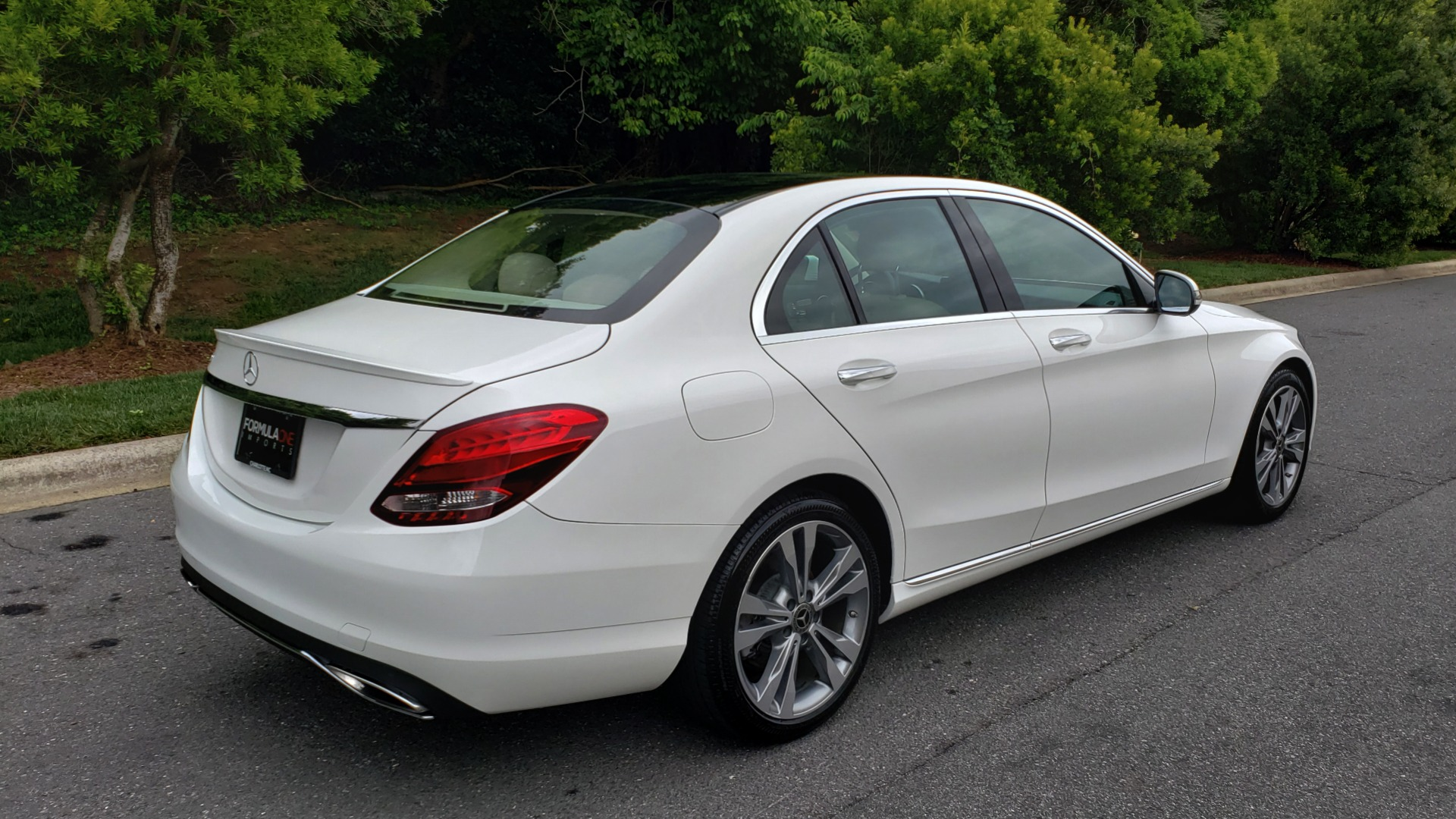 Used 2017 Mercedes-Benz C-CLASS C 300 PREMIUM SEDAN / NAV / PANO-ROOF / HTD STS / REARVIEW for sale Sold at Formula Imports in Charlotte NC 28227 6