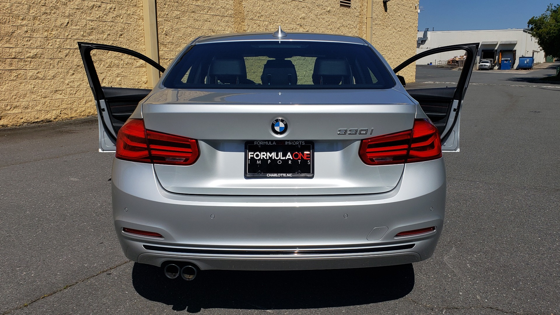 Used 2017 BMW 3 SERIES 330I SPORT SEDAN / DRVR ASST PKG / SUNROOF / REARVIEW for sale $22,695 at Formula Imports in Charlotte NC 28227 24