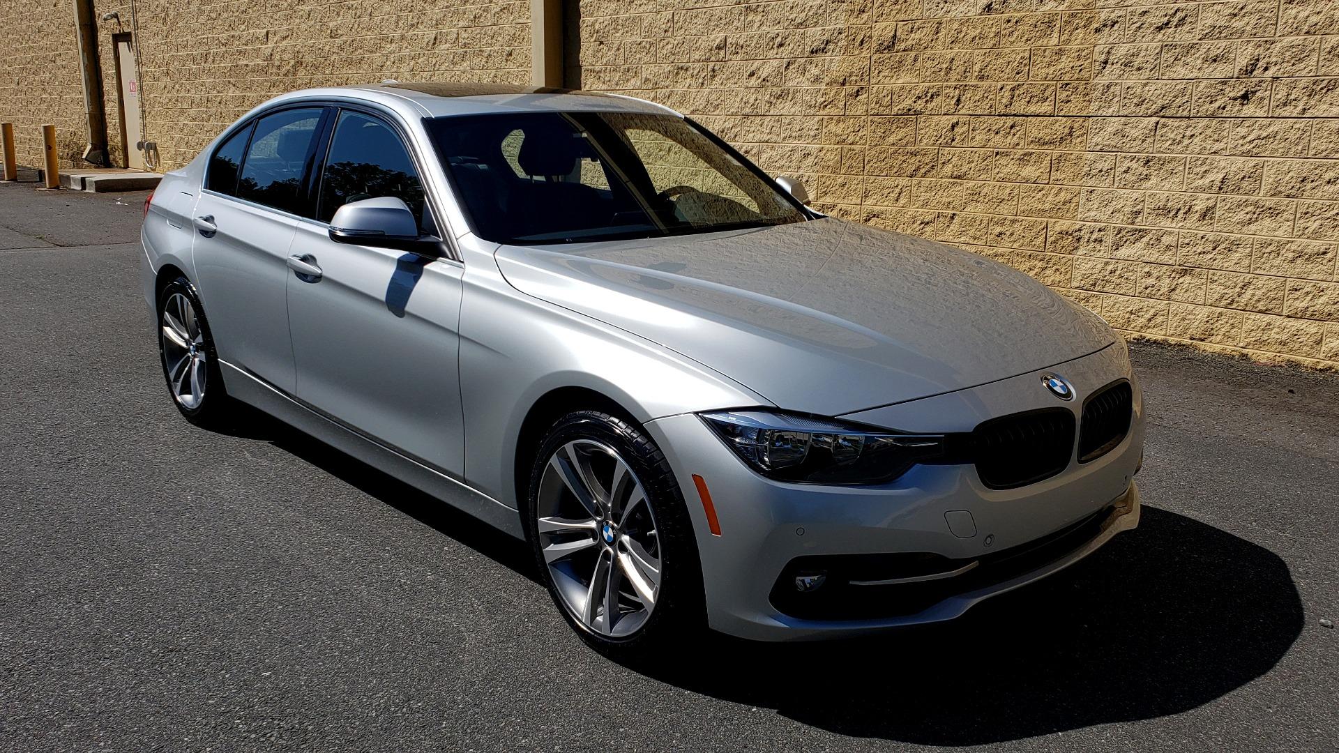 Used 2017 BMW 3 SERIES 330I SPORT SEDAN / DRVR ASST PKG / SUNROOF / REARVIEW for sale Sold at Formula Imports in Charlotte NC 28227 4