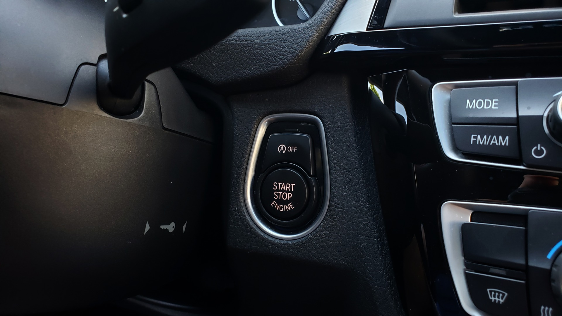 Used 2017 BMW 3 SERIES 330I SPORT SEDAN / DRVR ASST PKG / SUNROOF / REARVIEW for sale Sold at Formula Imports in Charlotte NC 28227 41