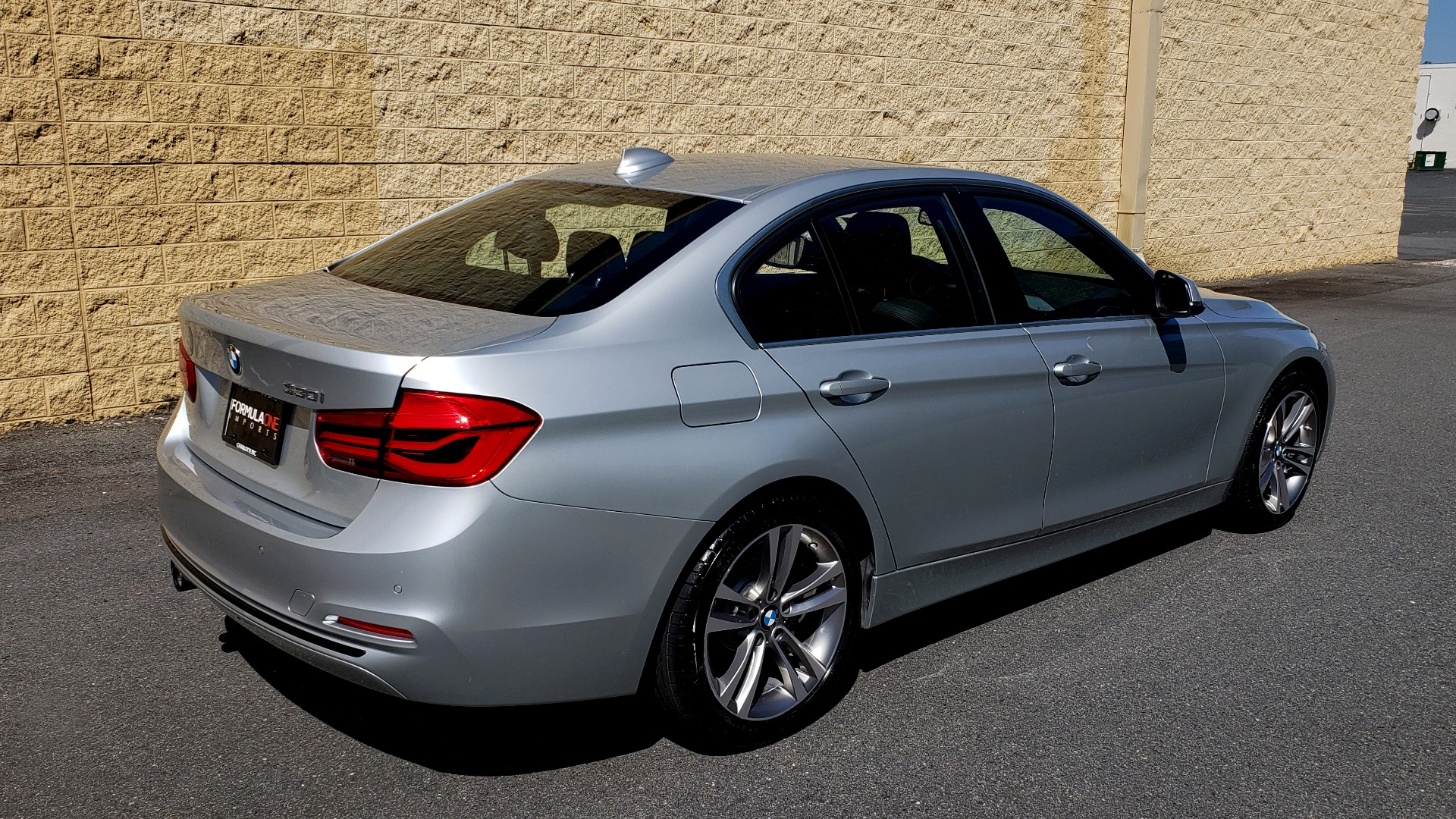 Used 2017 BMW 3 SERIES 330I SPORT SEDAN / DRVR ASST PKG / SUNROOF / REARVIEW for sale Sold at Formula Imports in Charlotte NC 28227 6