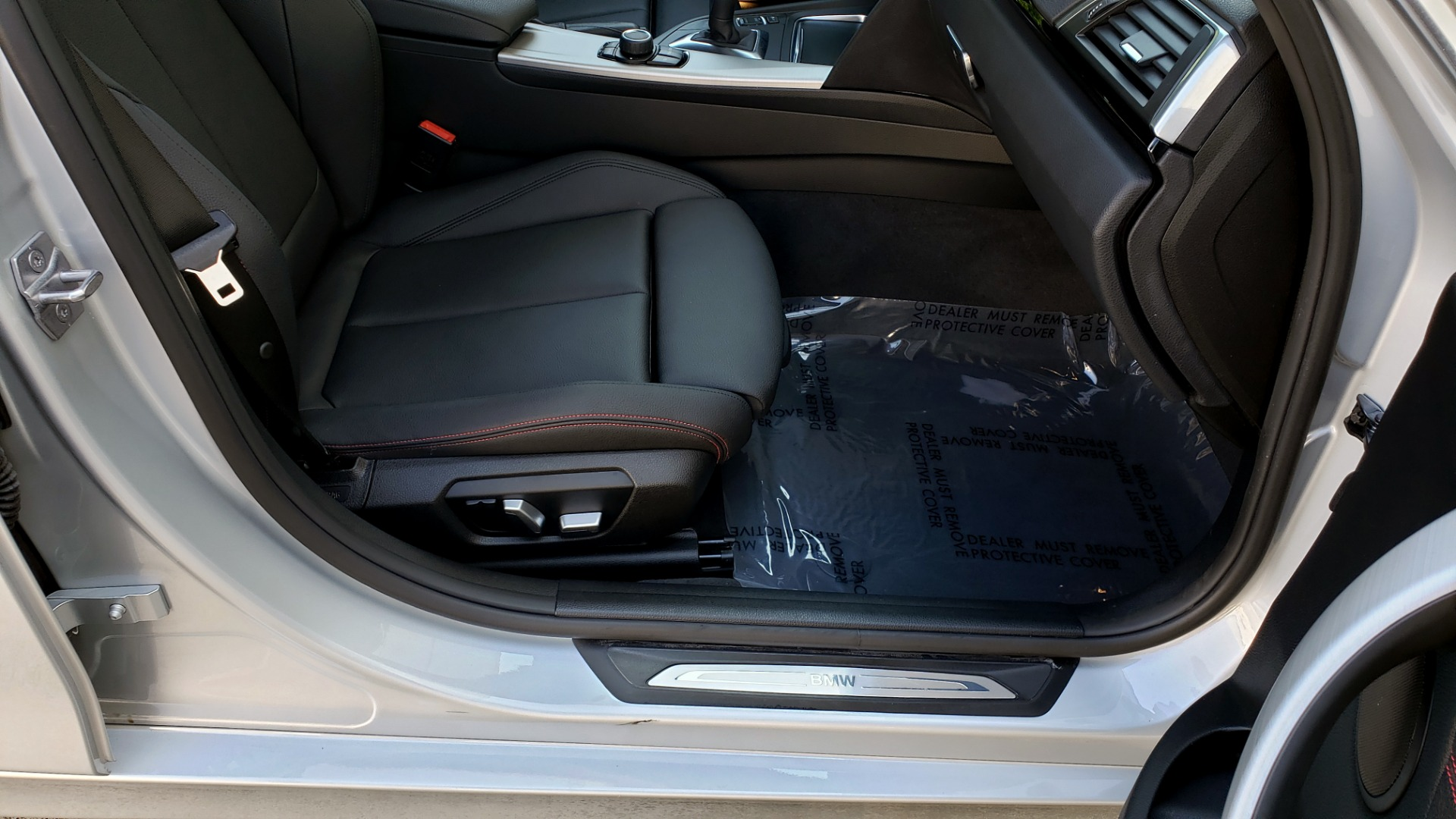 Used 2017 BMW 3 SERIES 330I SPORT SEDAN / DRVR ASST PKG / SUNROOF / REARVIEW for sale Sold at Formula Imports in Charlotte NC 28227 65