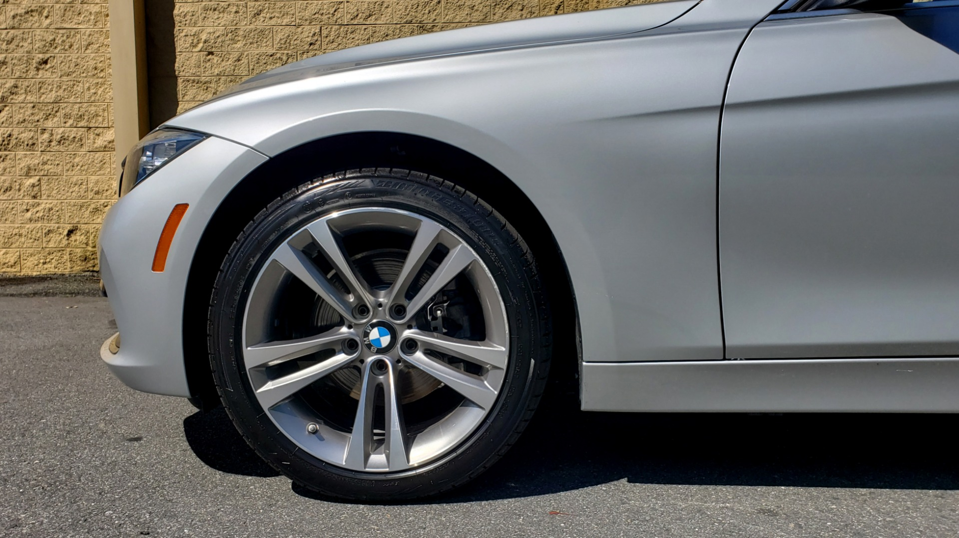 Used 2017 BMW 3 SERIES 330I SPORT SEDAN / DRVR ASST PKG / SUNROOF / REARVIEW for sale Sold at Formula Imports in Charlotte NC 28227 76