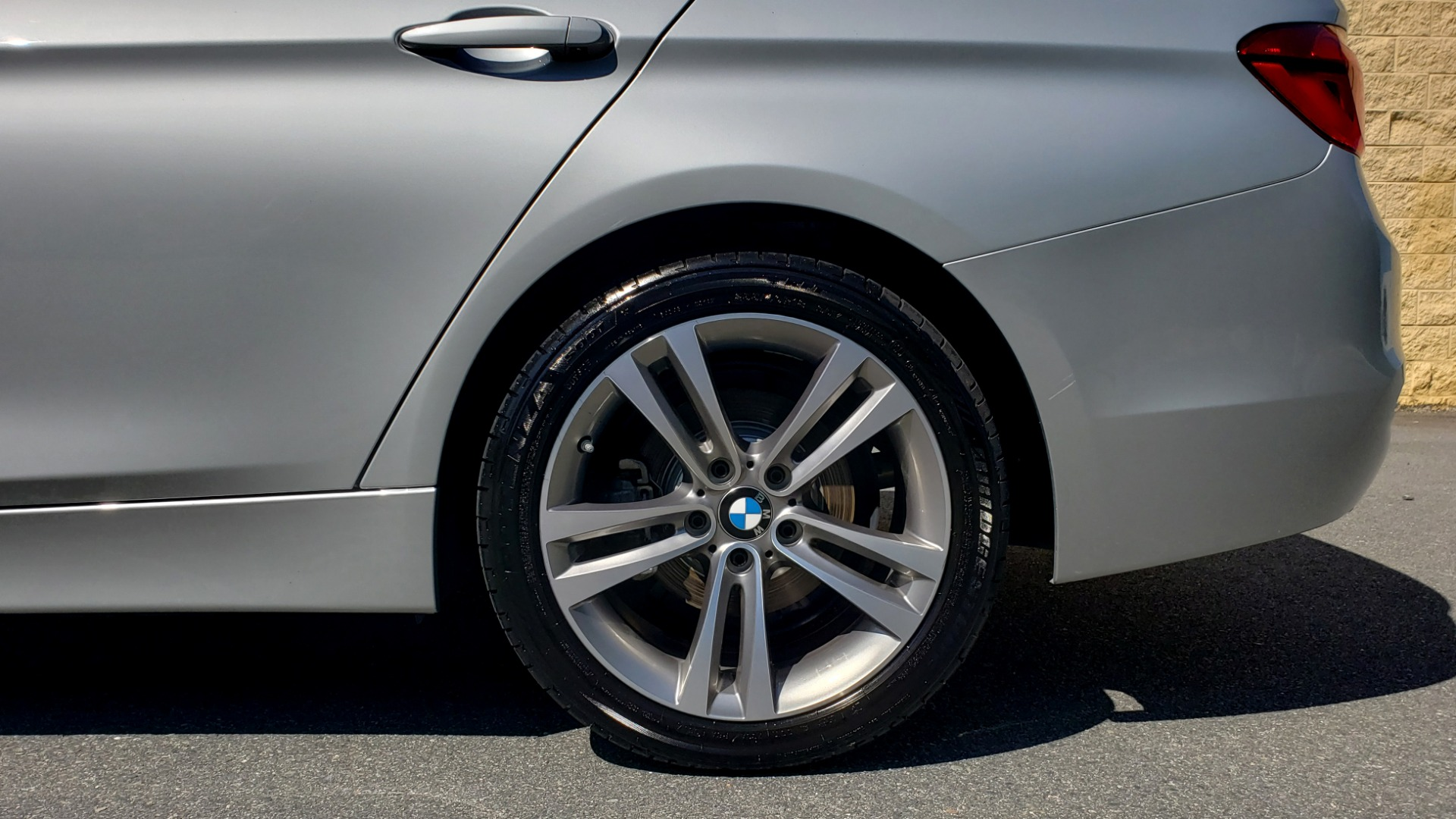Used 2017 BMW 3 SERIES 330I SPORT SEDAN / DRVR ASST PKG / SUNROOF / REARVIEW for sale Sold at Formula Imports in Charlotte NC 28227 77