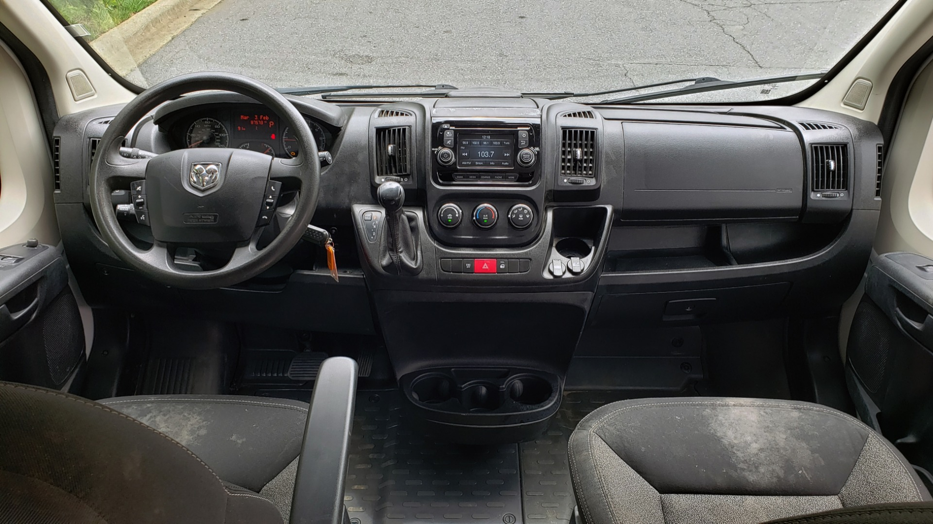 Used 2016 Ram PROMASTER CARGO VAN 136 WB / 3.6L V6 / AUTO / ROOF-RACK / REARVIEW / SEATS 5 for sale $15,995 at Formula Imports in Charlotte NC 28227 17